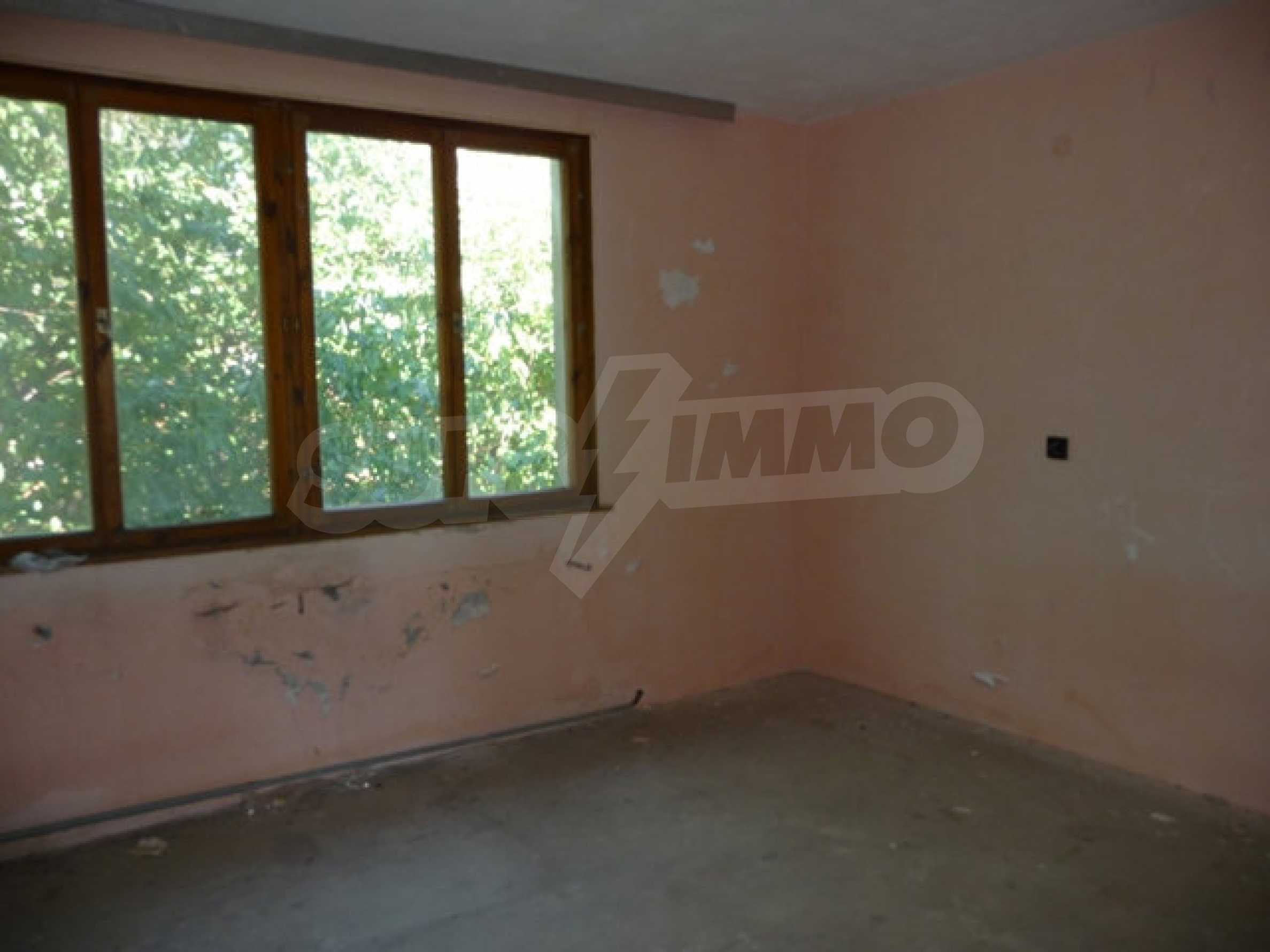 House with shop in Byala (Varna) 20