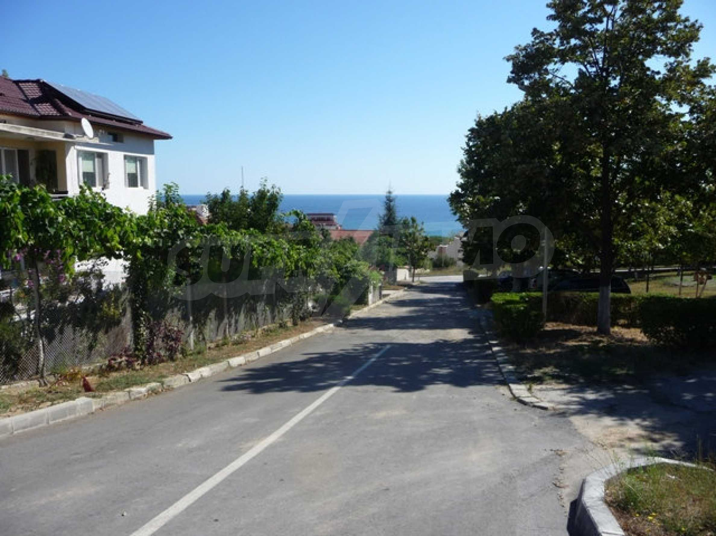 House with shop in Byala (Varna) 28