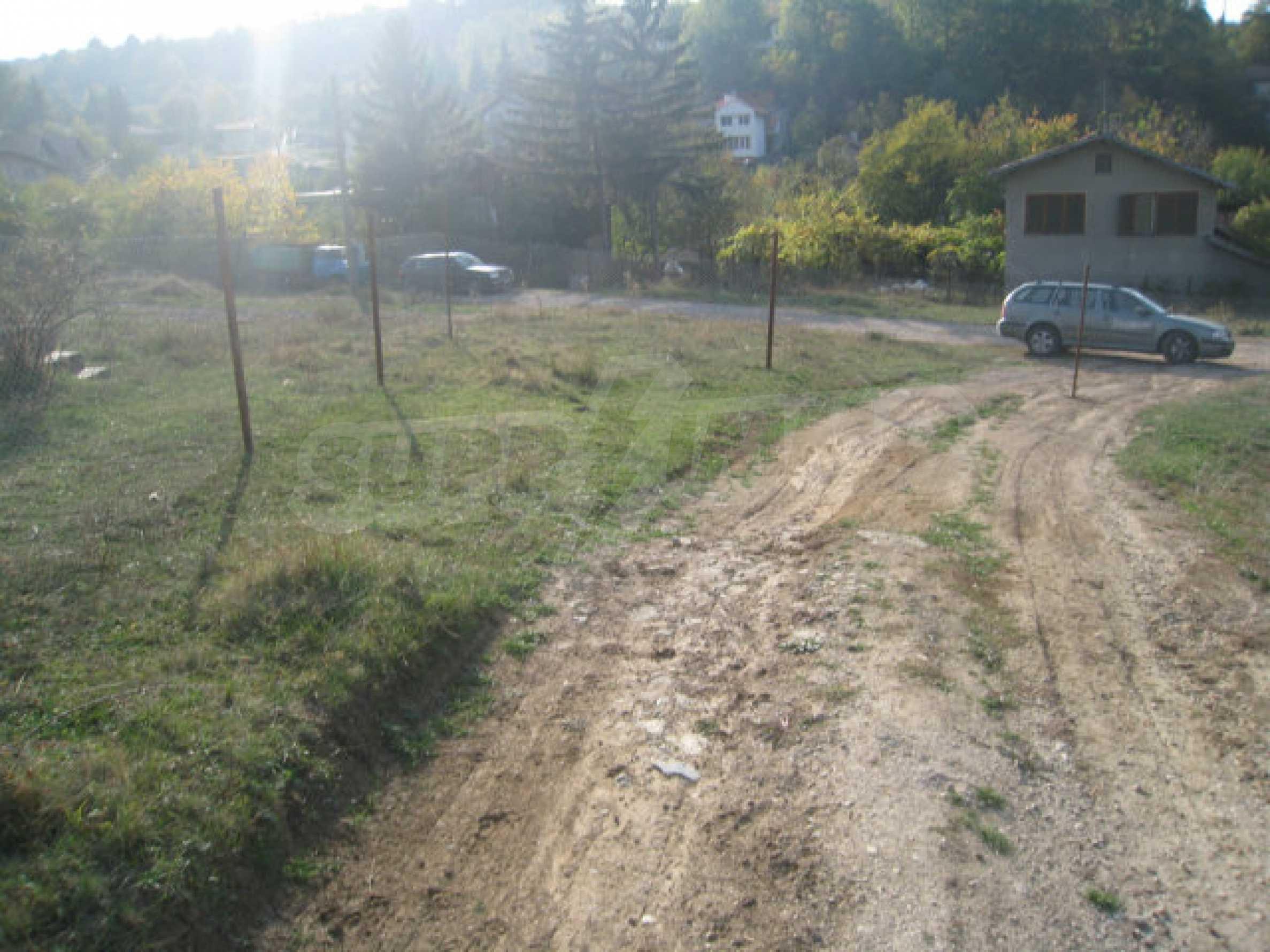 Reguliertes Grundstück im Zentrum eines malerischen Dorfes in der Nähe von Pernik und Sofia 7