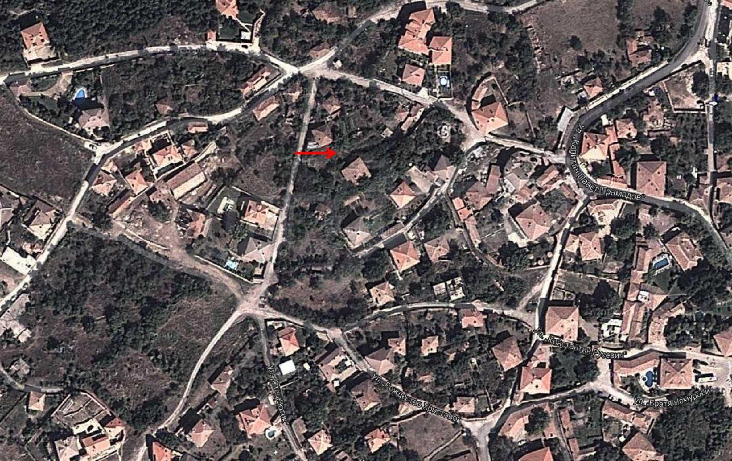 Geregeltes Grundstück im Dorf Arbanasi 9
