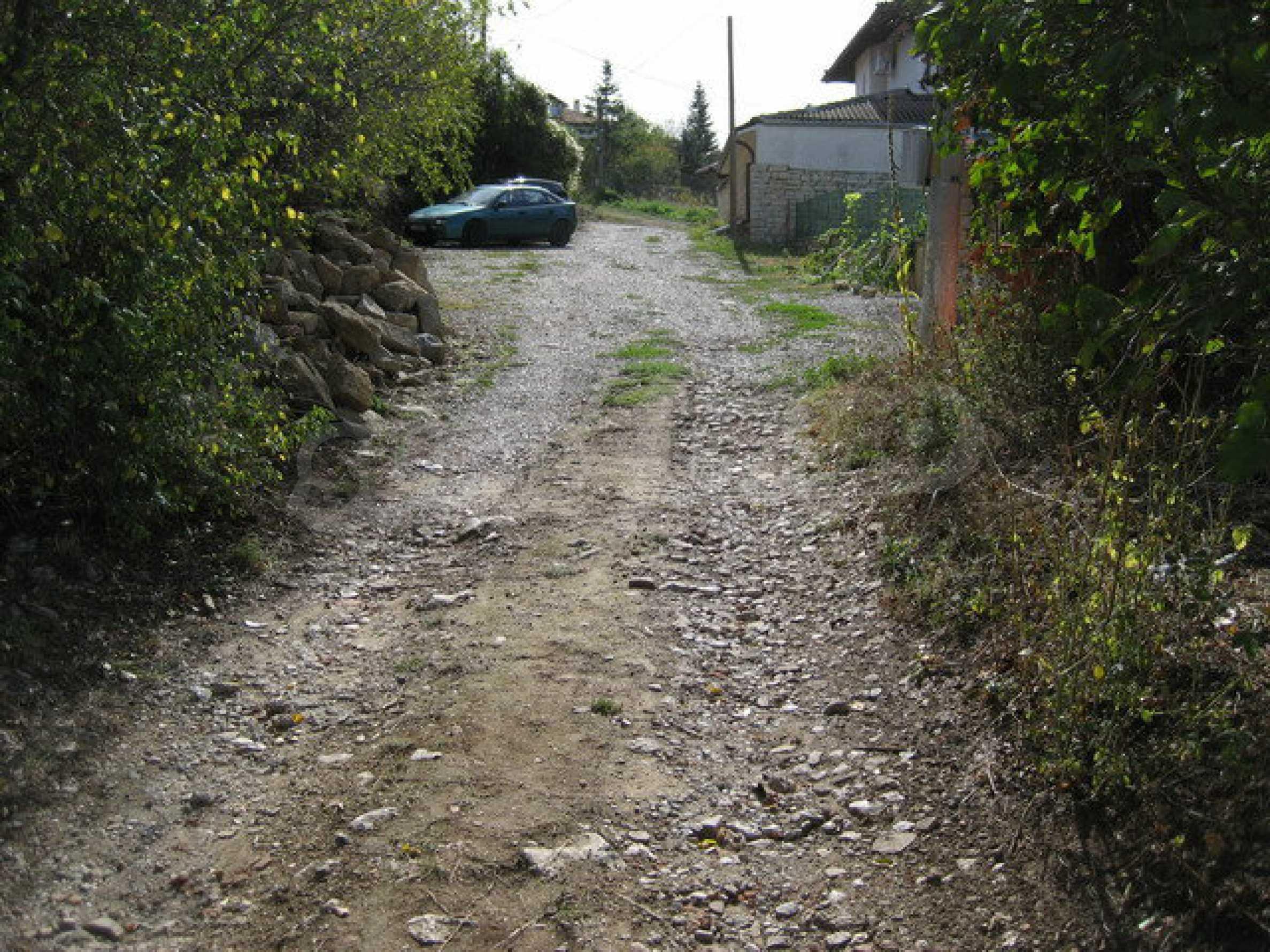 Geregeltes Grundstück im Dorf Arbanasi 1