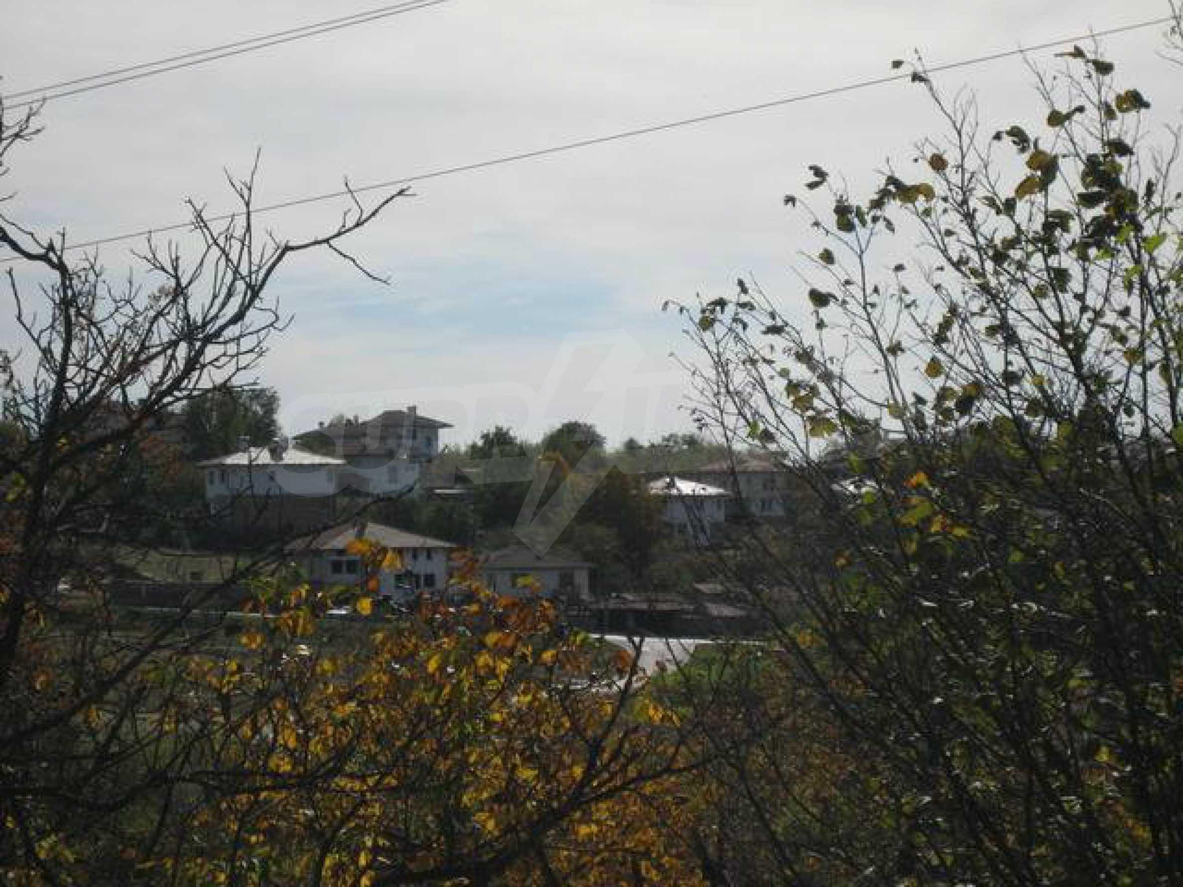 Grundstück im Dorf Arbanasi mit sehr guter Lage