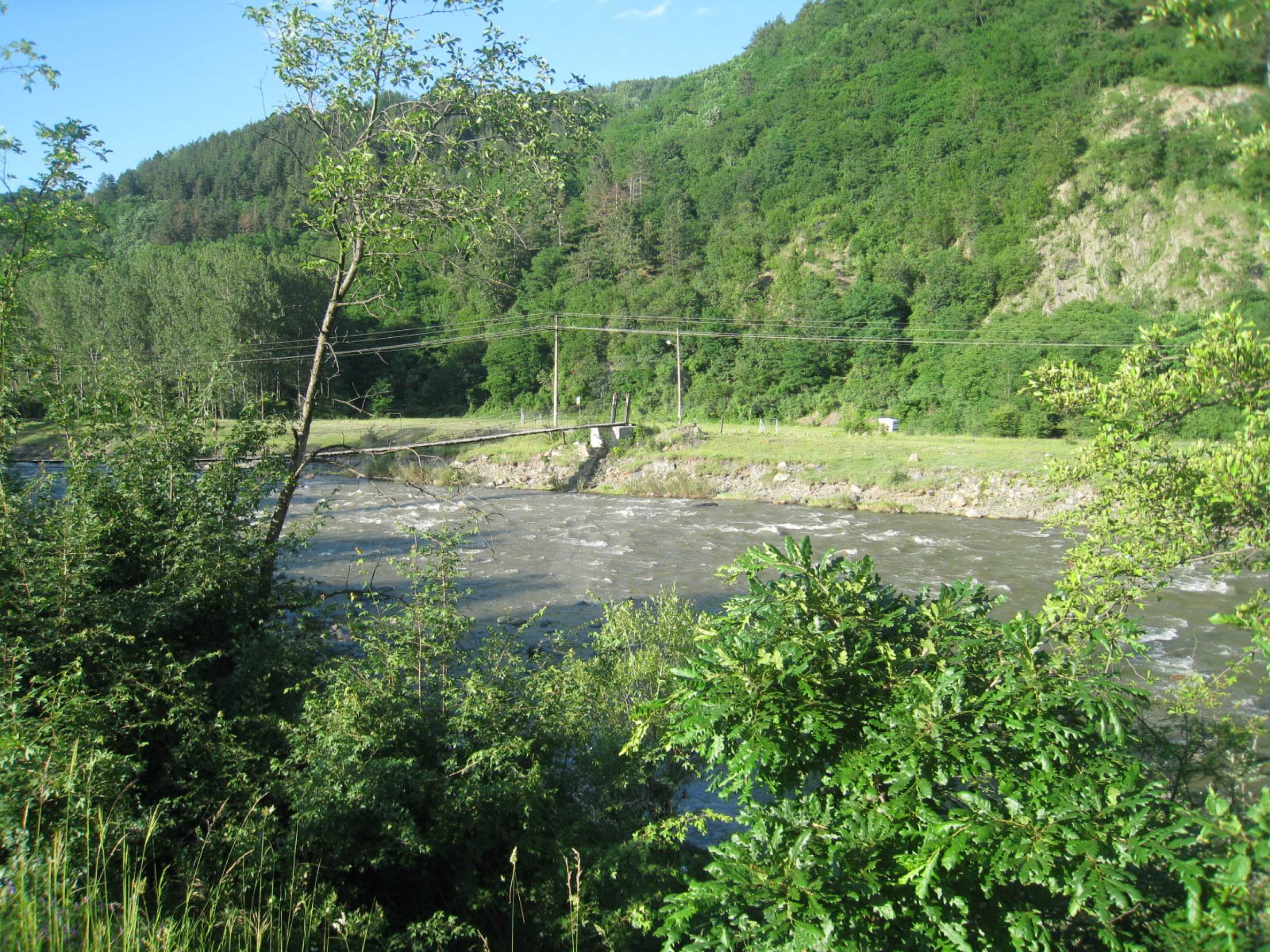 Geregeltes Grundstück in der Nähe der Flüsse Iskar und Svoge 15