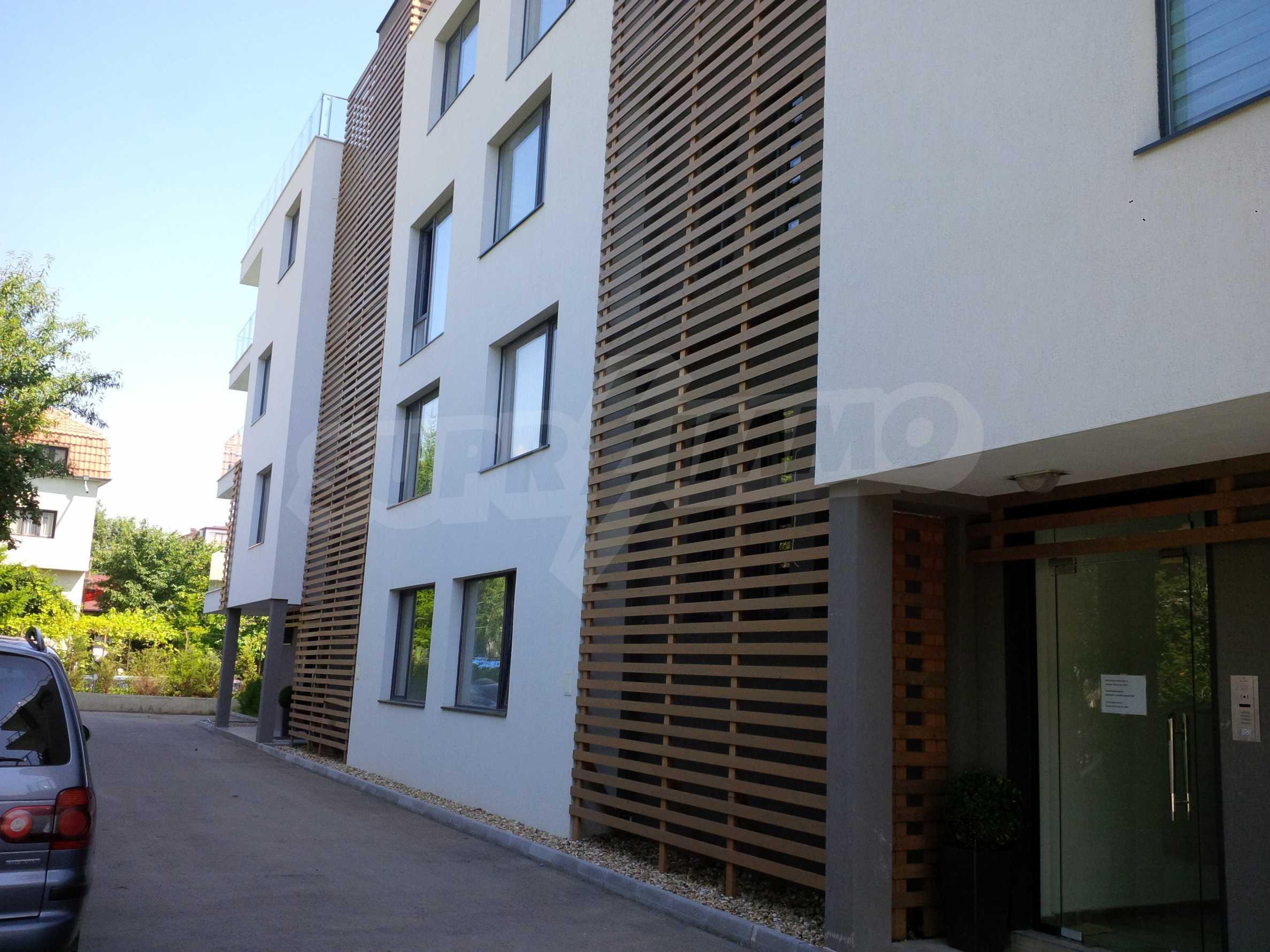 St. Constantine-Boutique Wohnkomplex 2