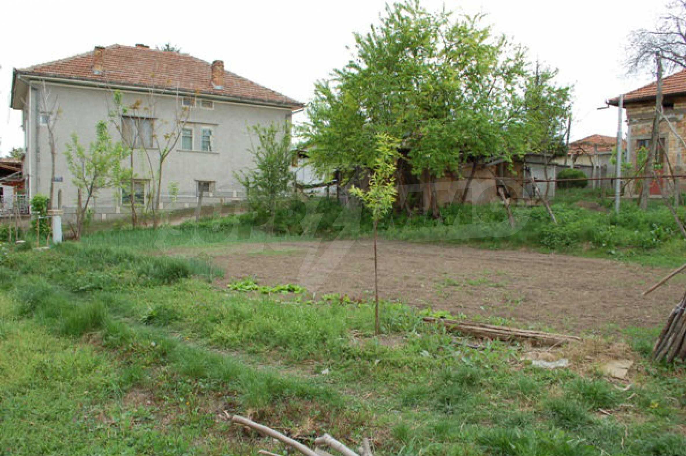 Geregeltes Grundstück nur 14 km. von Veliko Tarnovo