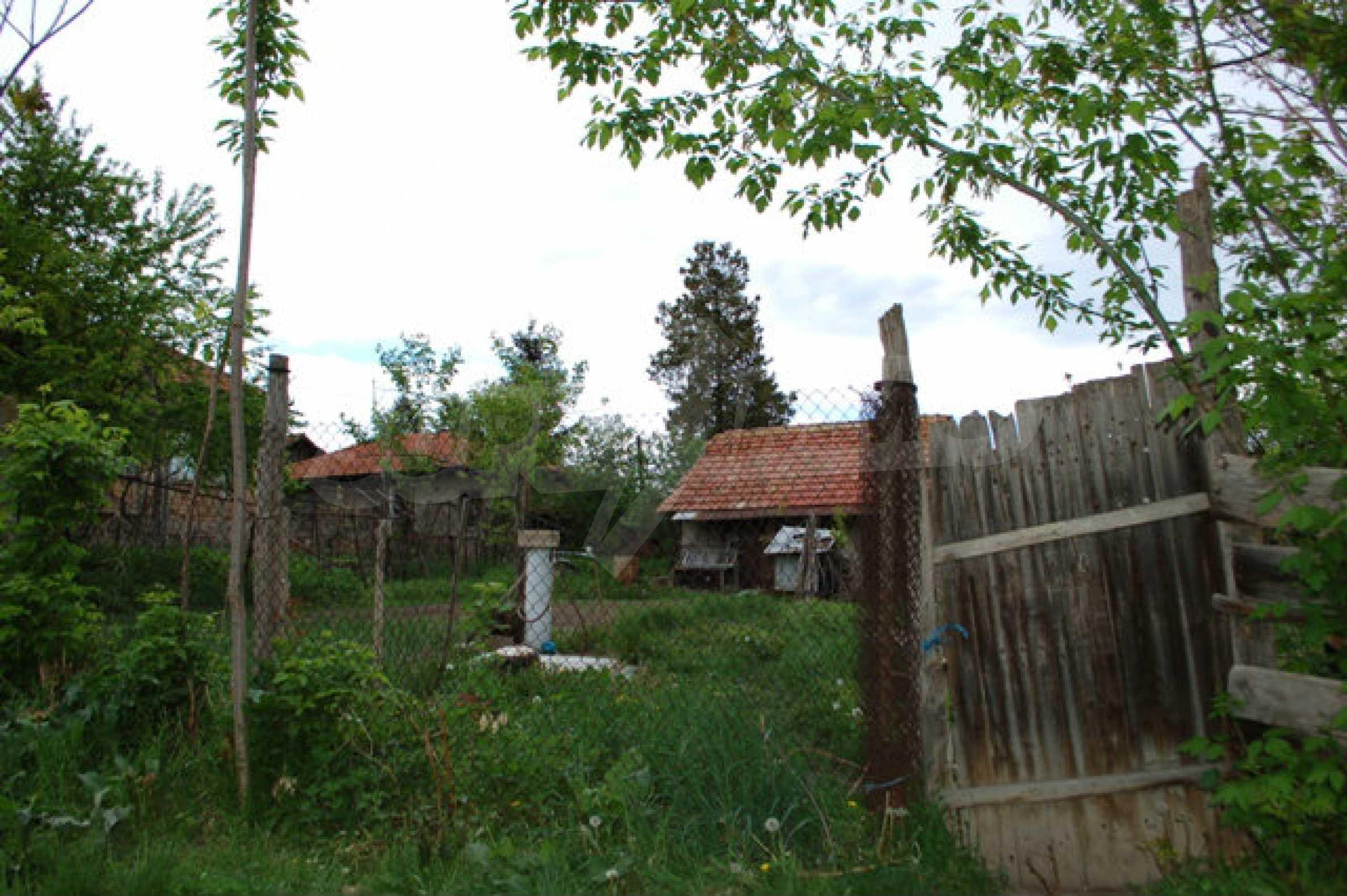Geregeltes Grundstück nur 14 km. von Veliko Tarnovo 4