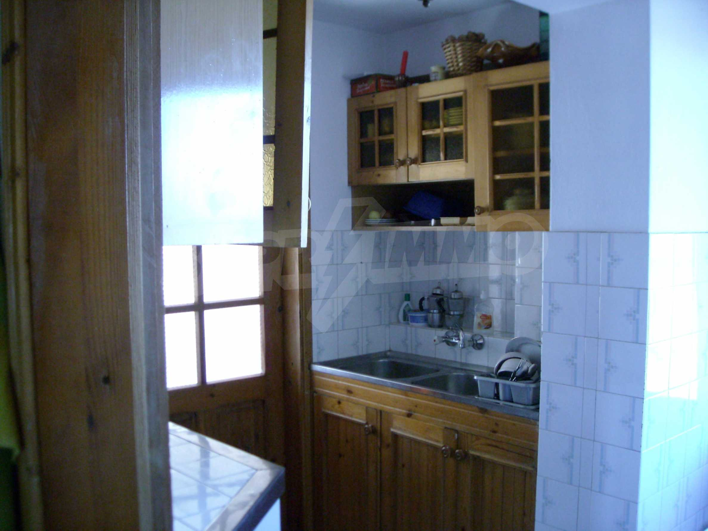 Nice big house in a village very close to the town of Dobrich 13