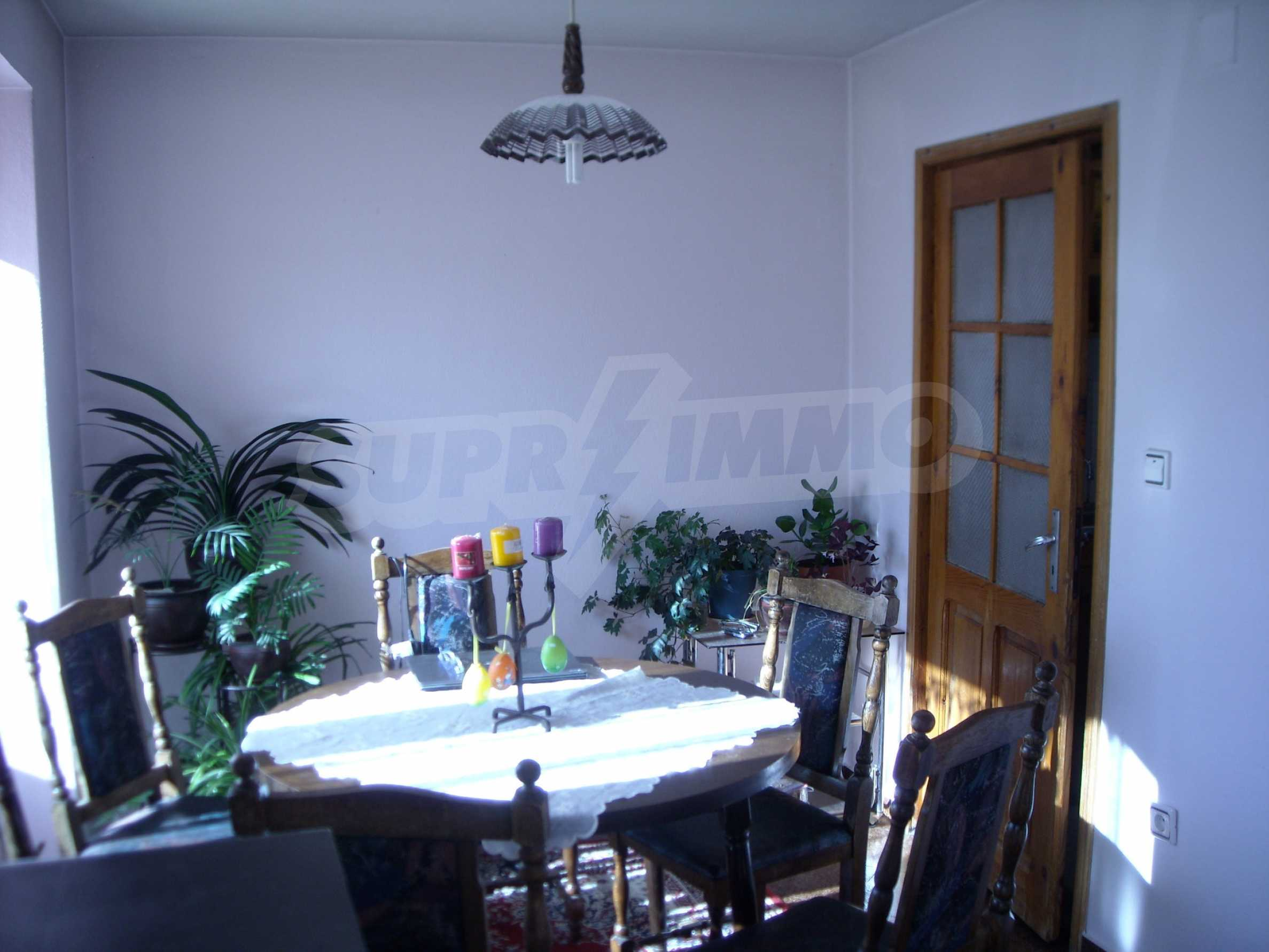 Nice big house in a village very close to the town of Dobrich 17