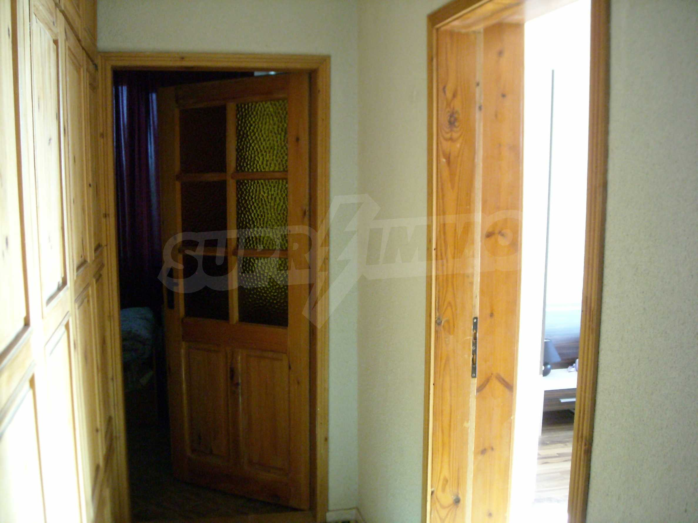 Nice big house in a village very close to the town of Dobrich 29