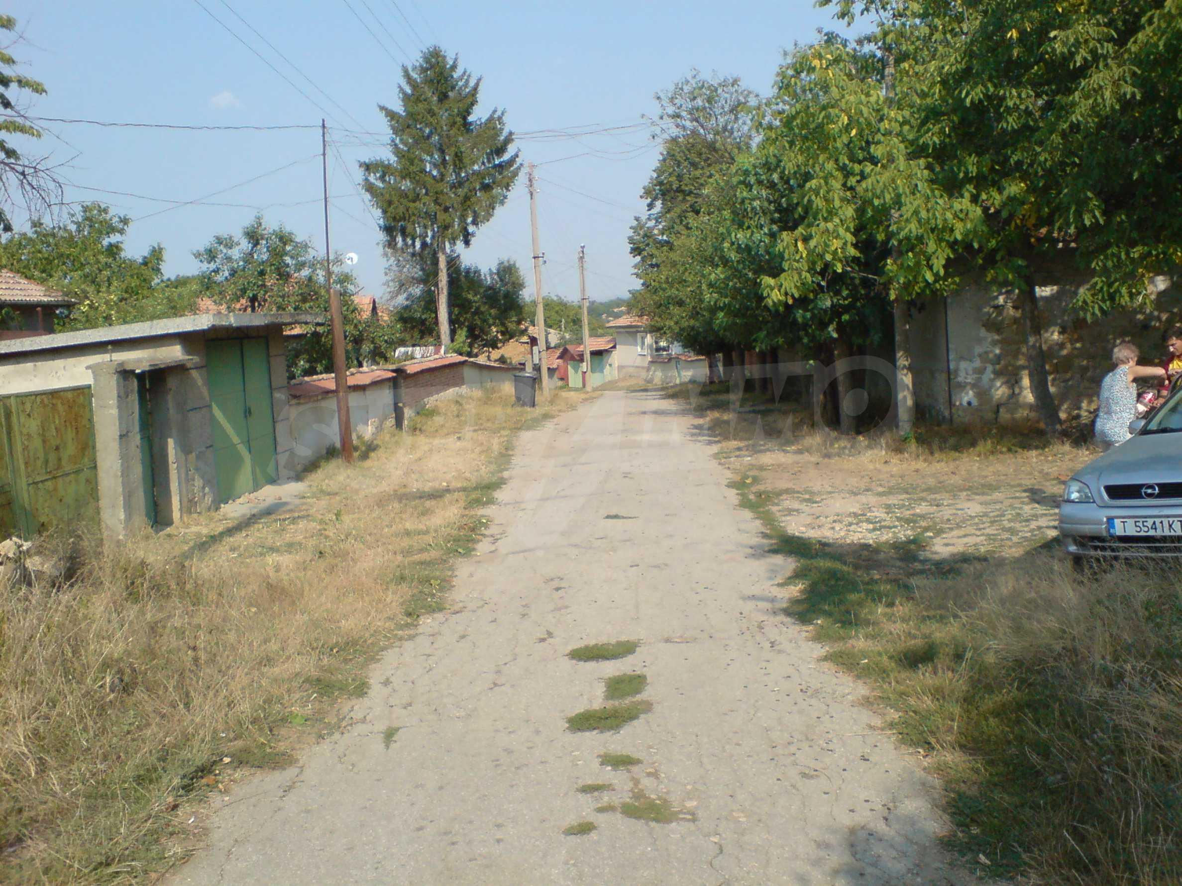 Einstöckiges Backsteinhaus 40 km. von Veliko Tarnovo 8