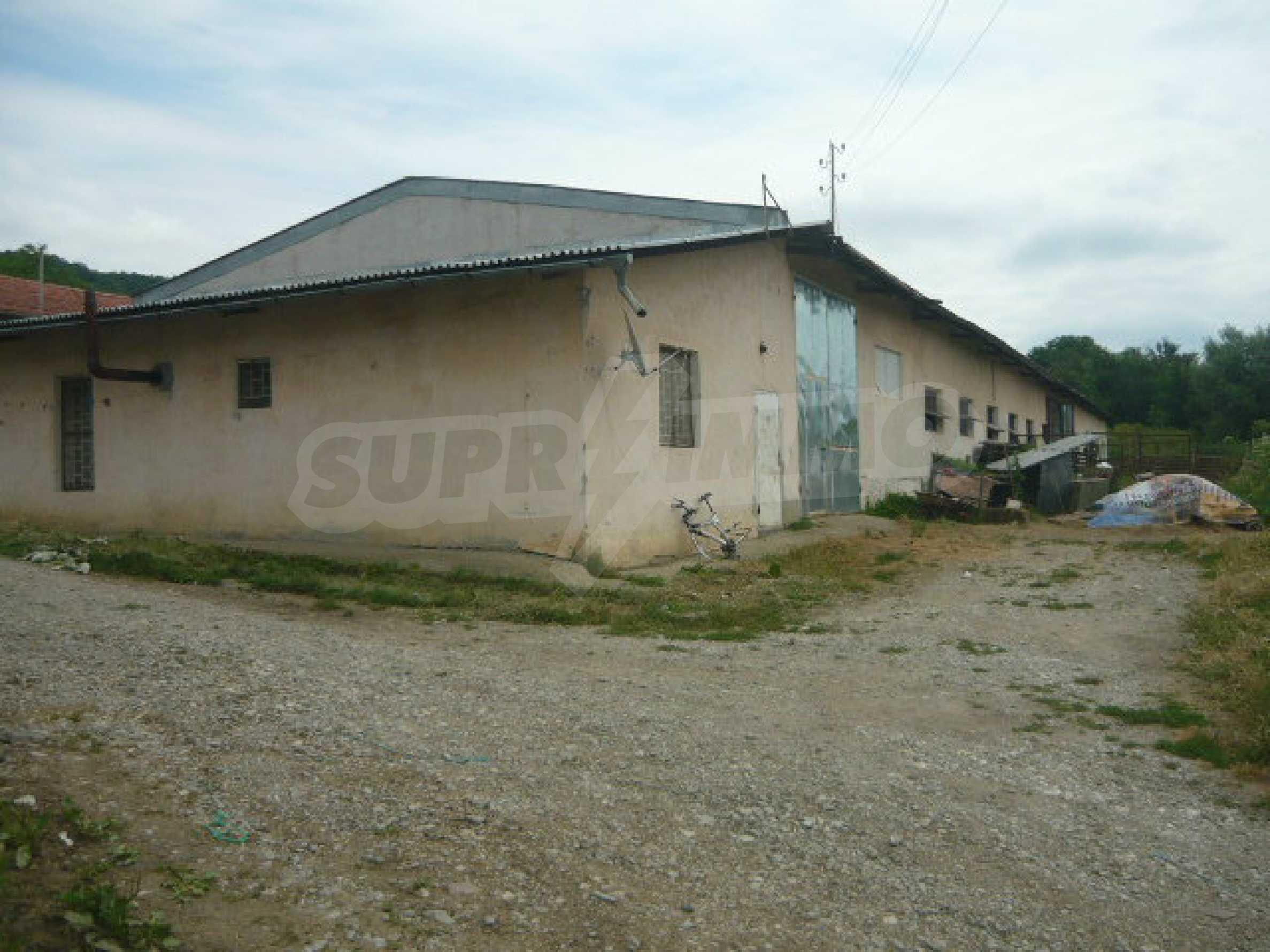 Neues Bauernhaus in einem Dorf in der Nähe von Veliko Tarnovo 20