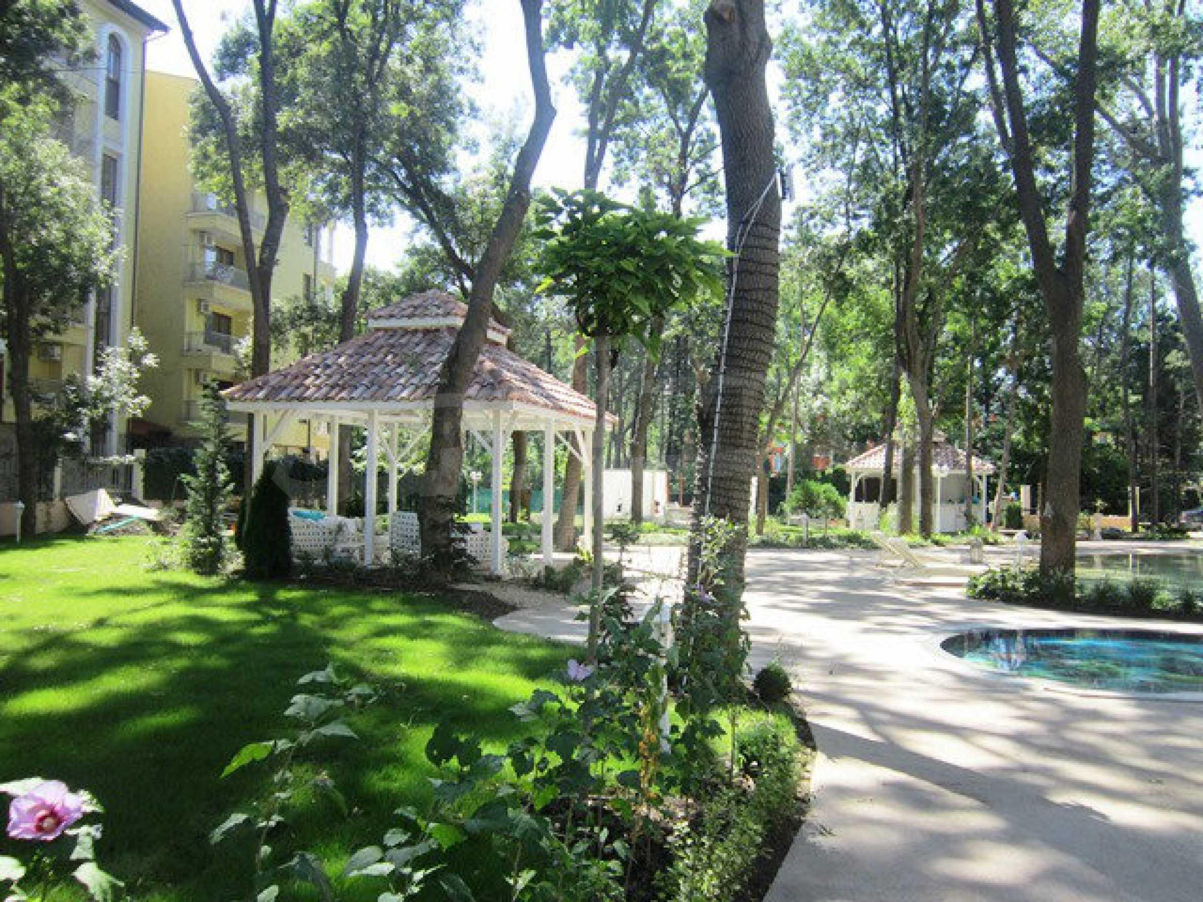 Dawn Park Royal Venera Palace 43