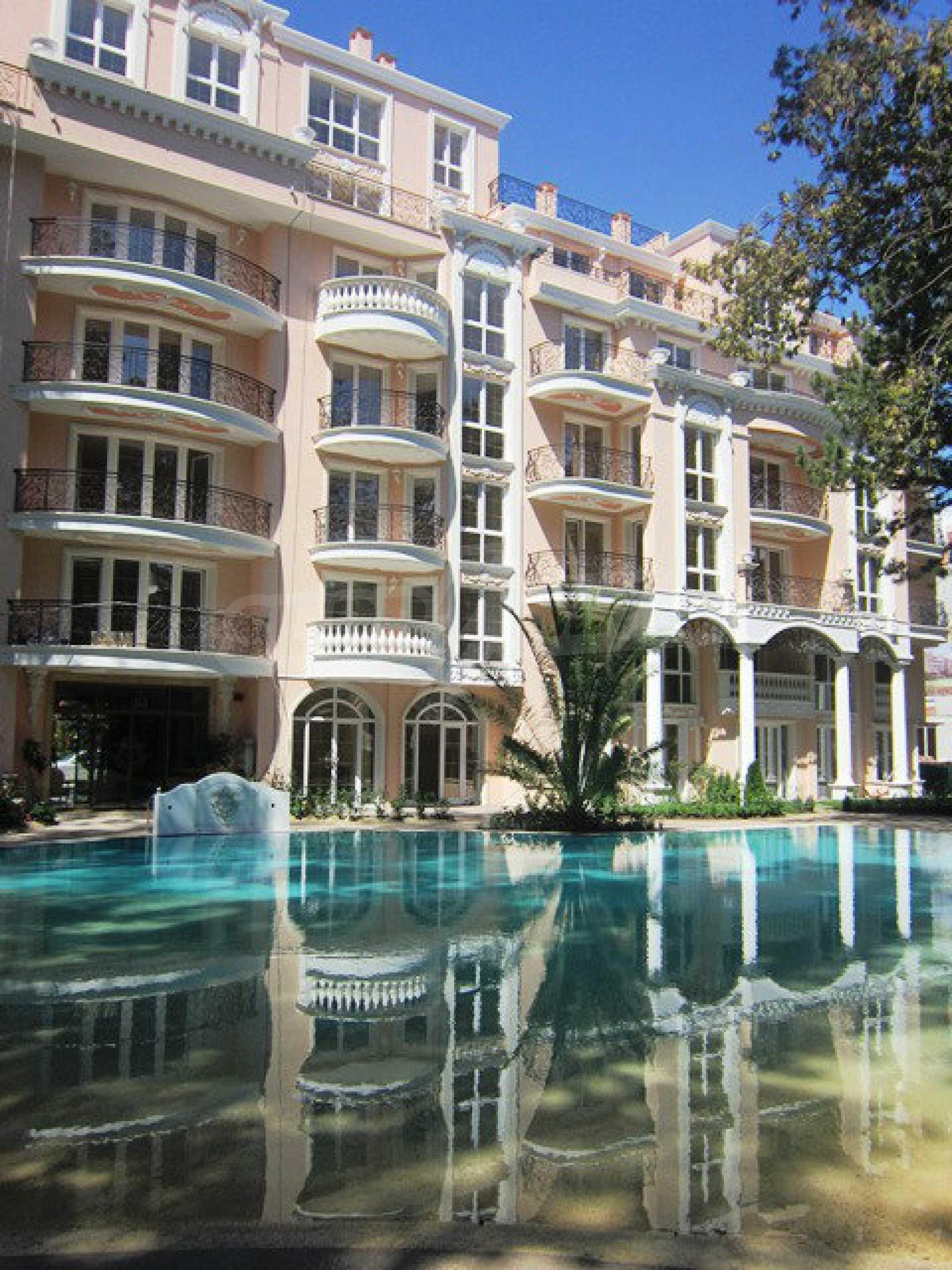 Dawn Park Royal Venera Palace 51