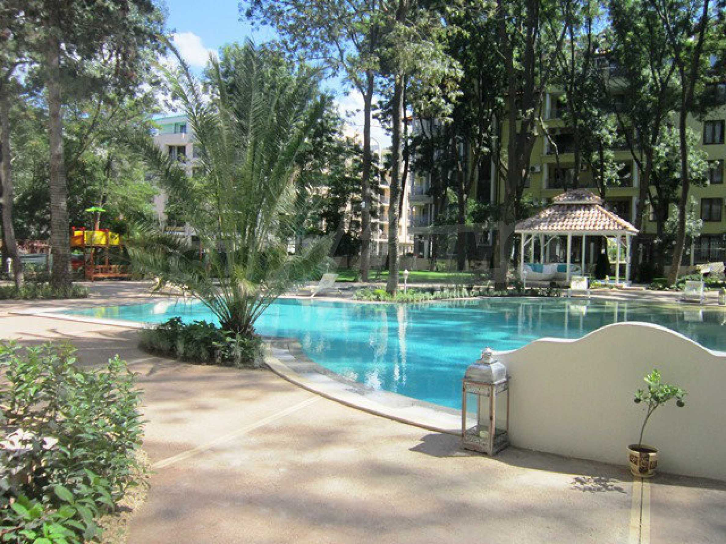 Dawn Park Royal Venera Palace 54