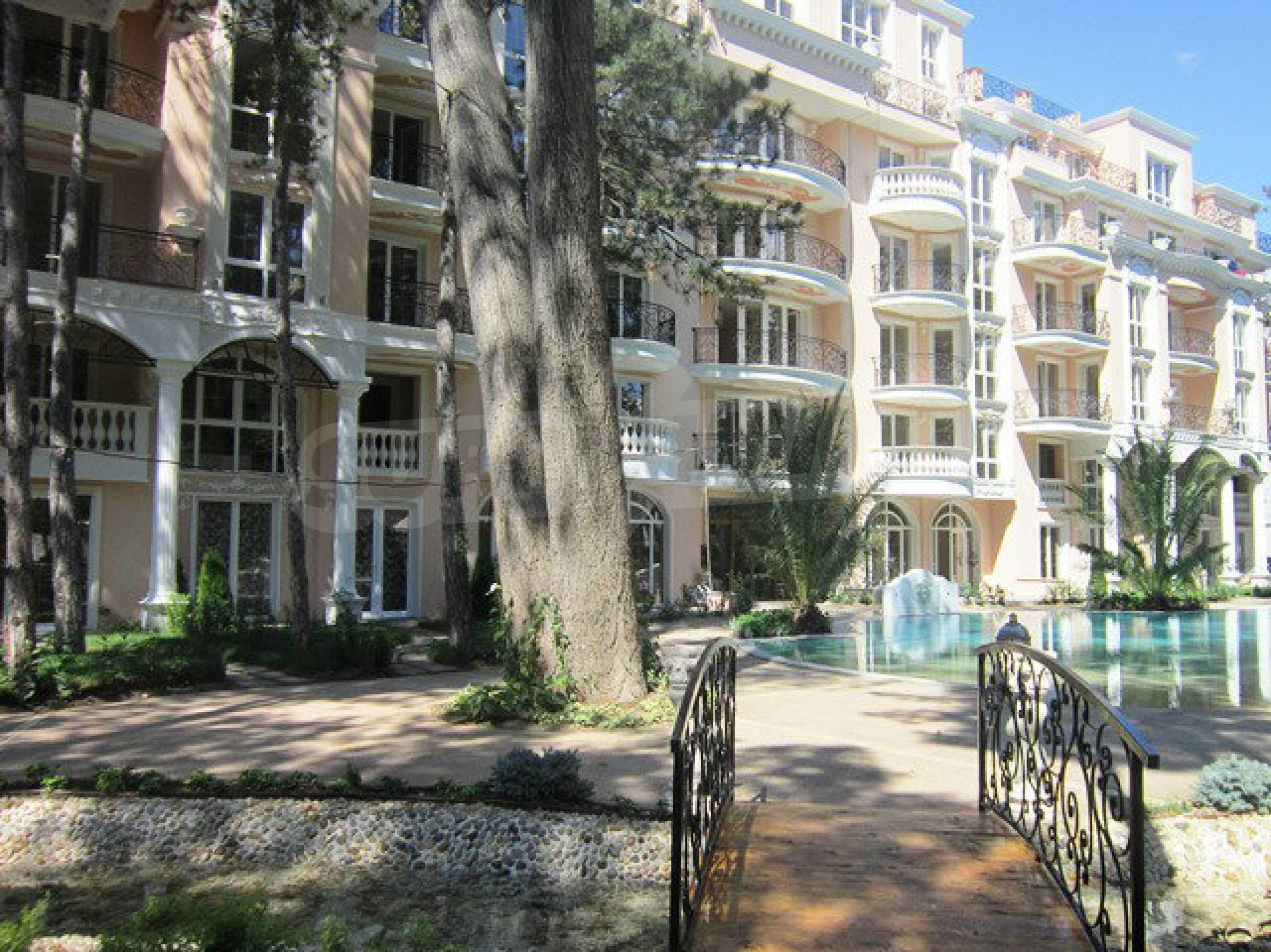 Dawn Park Royal Venera Palace 56