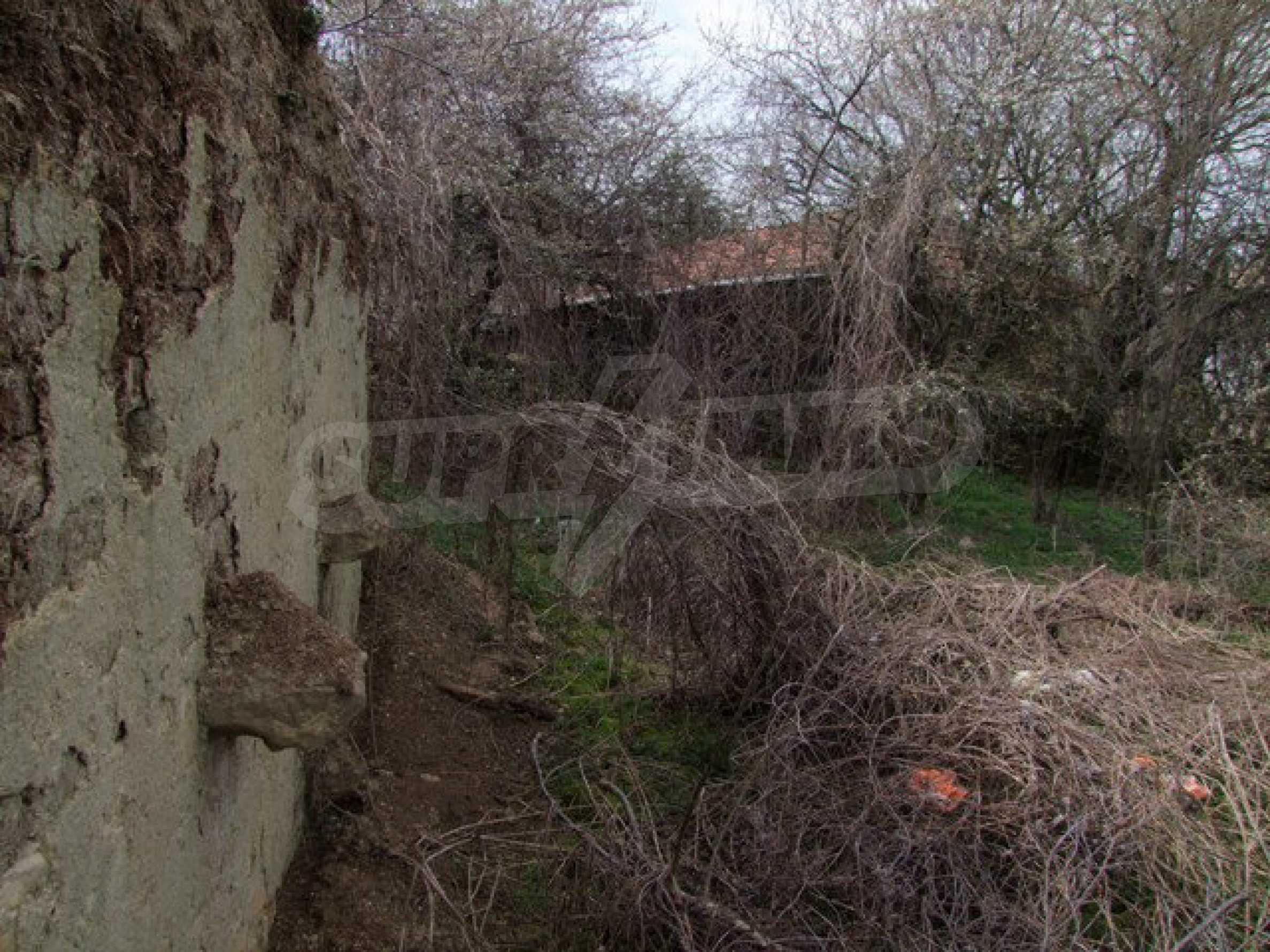 Schnäppchenanwesen mit großem Garten 15