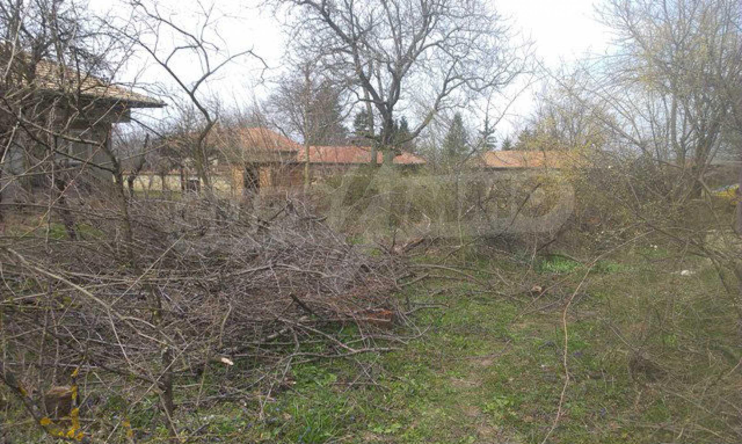 Schnäppchenanwesen mit großem Garten 23