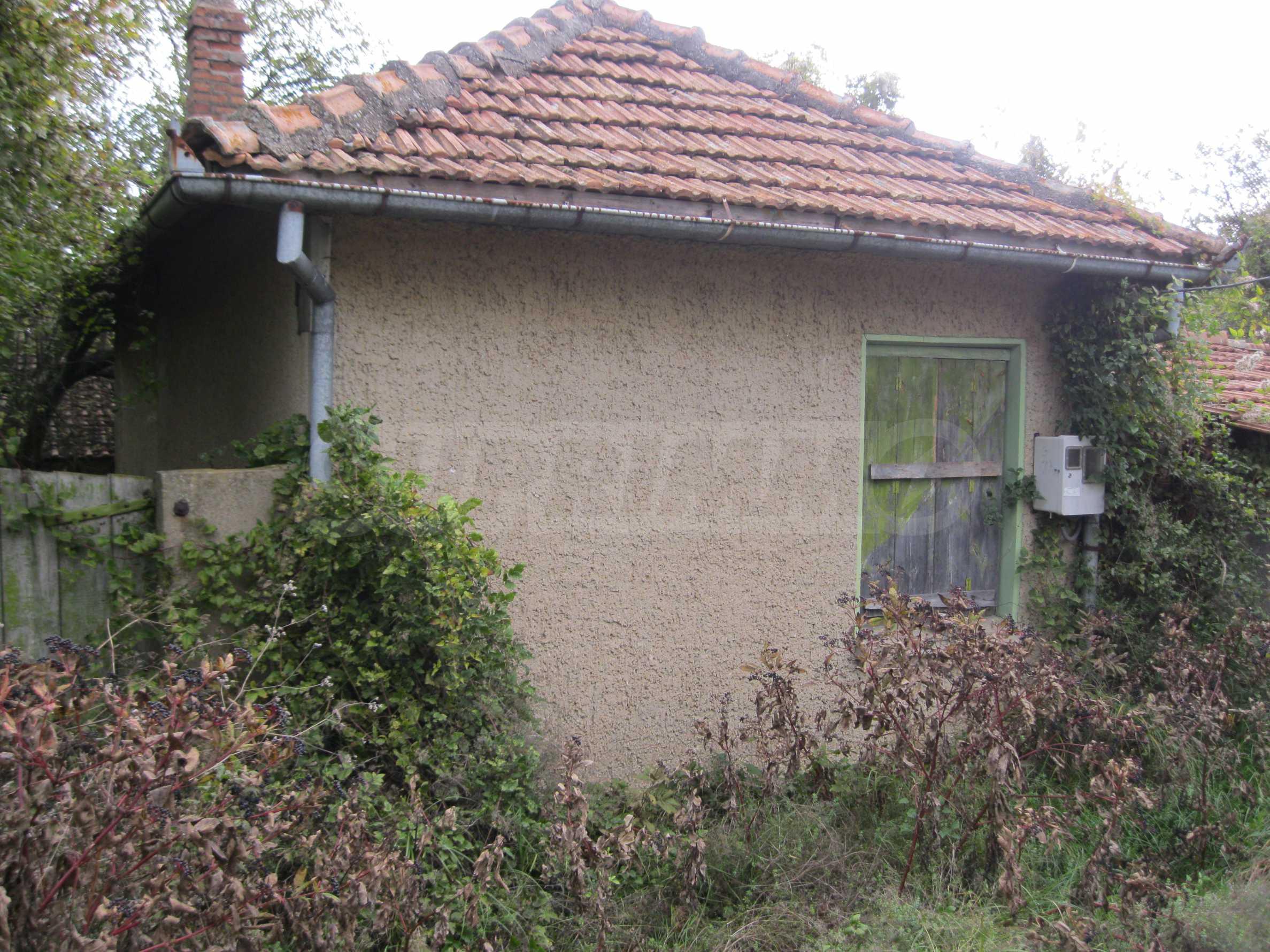 Backsteinhaus in einem Dorf, nur 100 Meter von der Hauptstraße entfernt 3