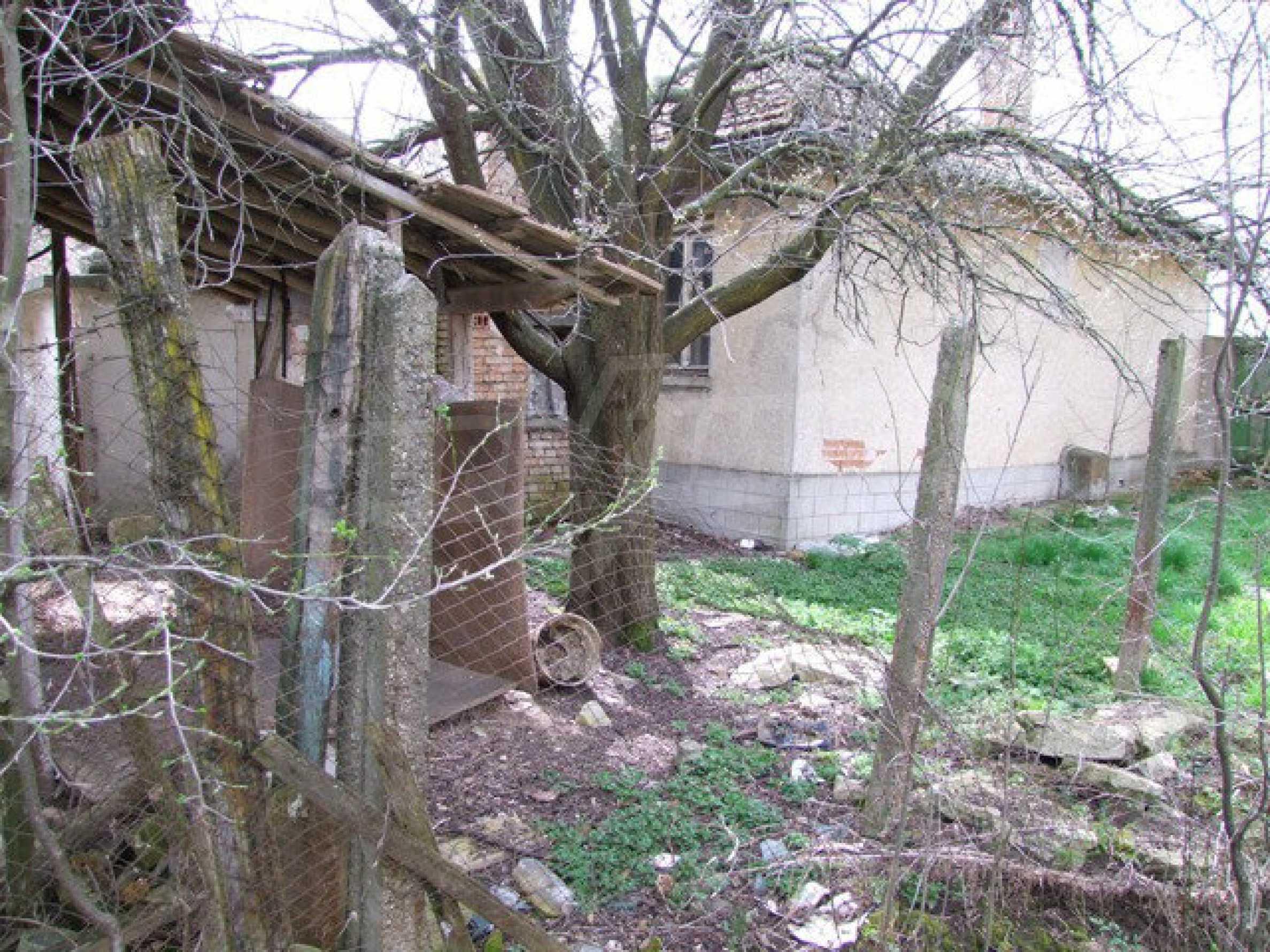 Backsteinhaus in einem Dorf, nur 100 Meter von der Hauptstraße entfernt 39
