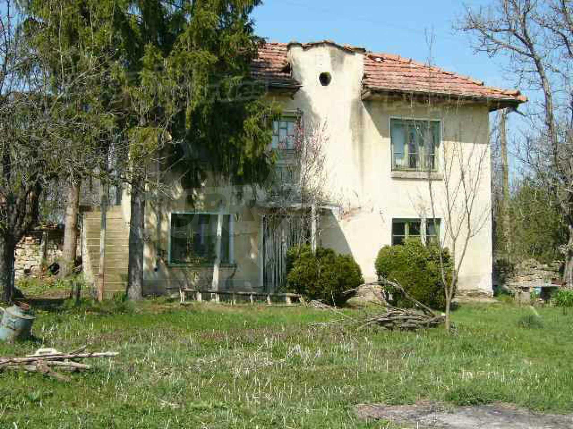 Haus zur Renovierung in der Gegend von Sevlievo und Lovech