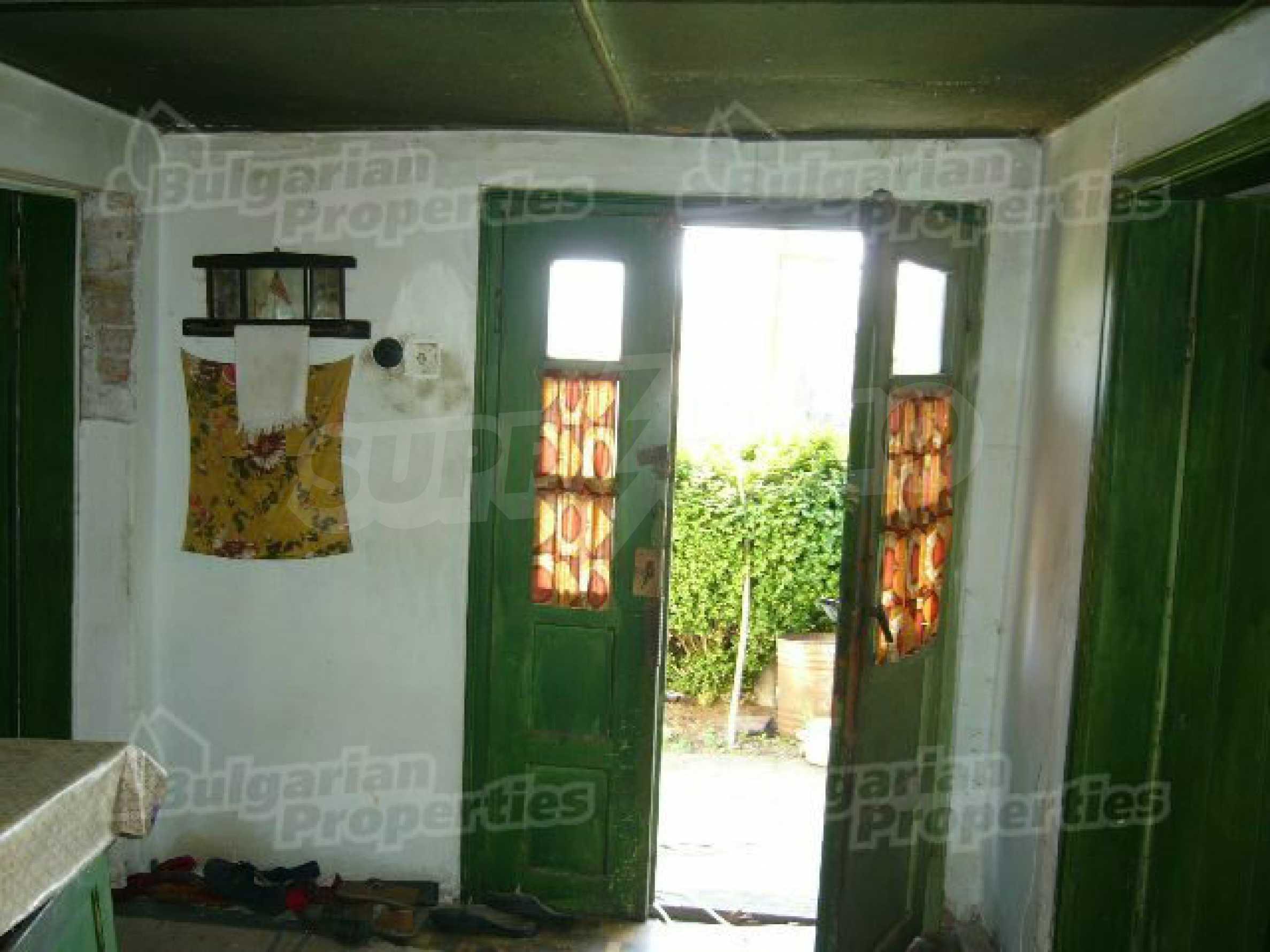 Haus zur Renovierung in der Gegend von Sevlievo und Lovech 4