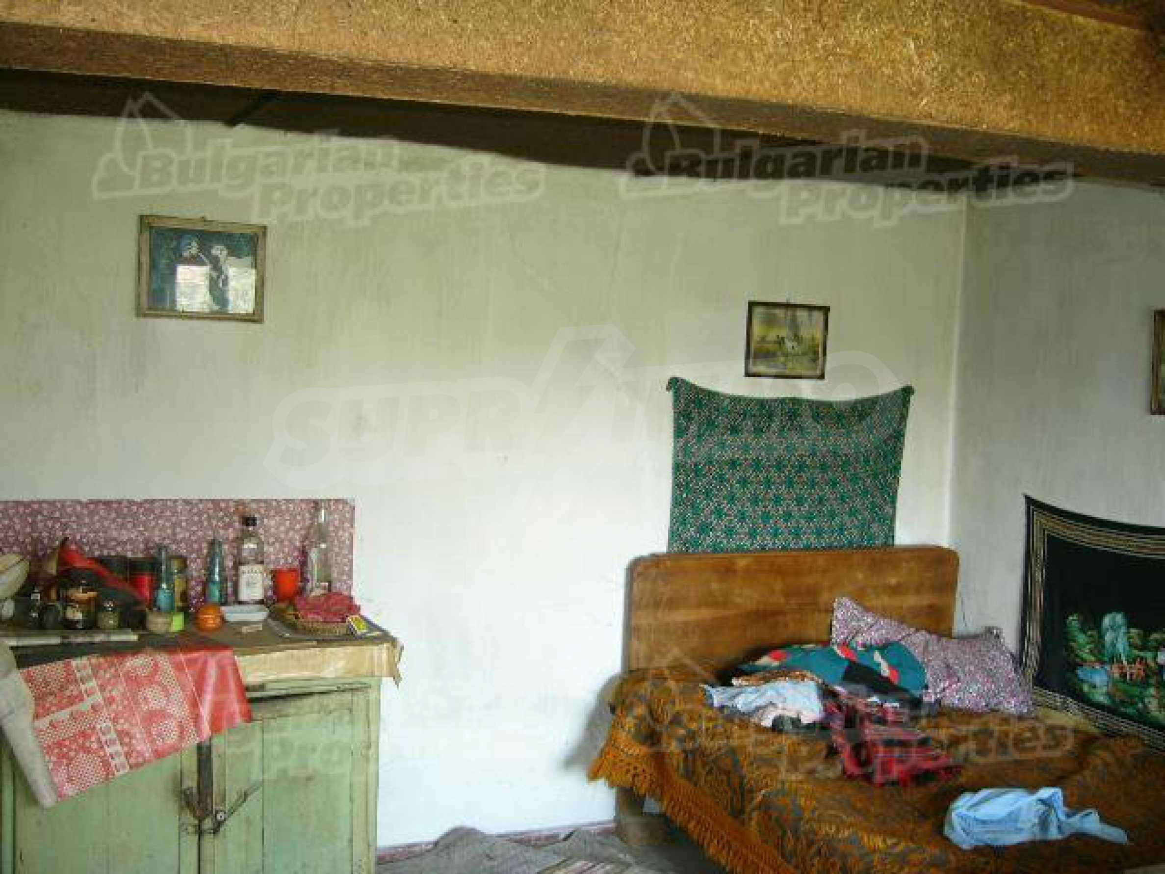 Haus zur Renovierung in der Gegend von Sevlievo und Lovech 5