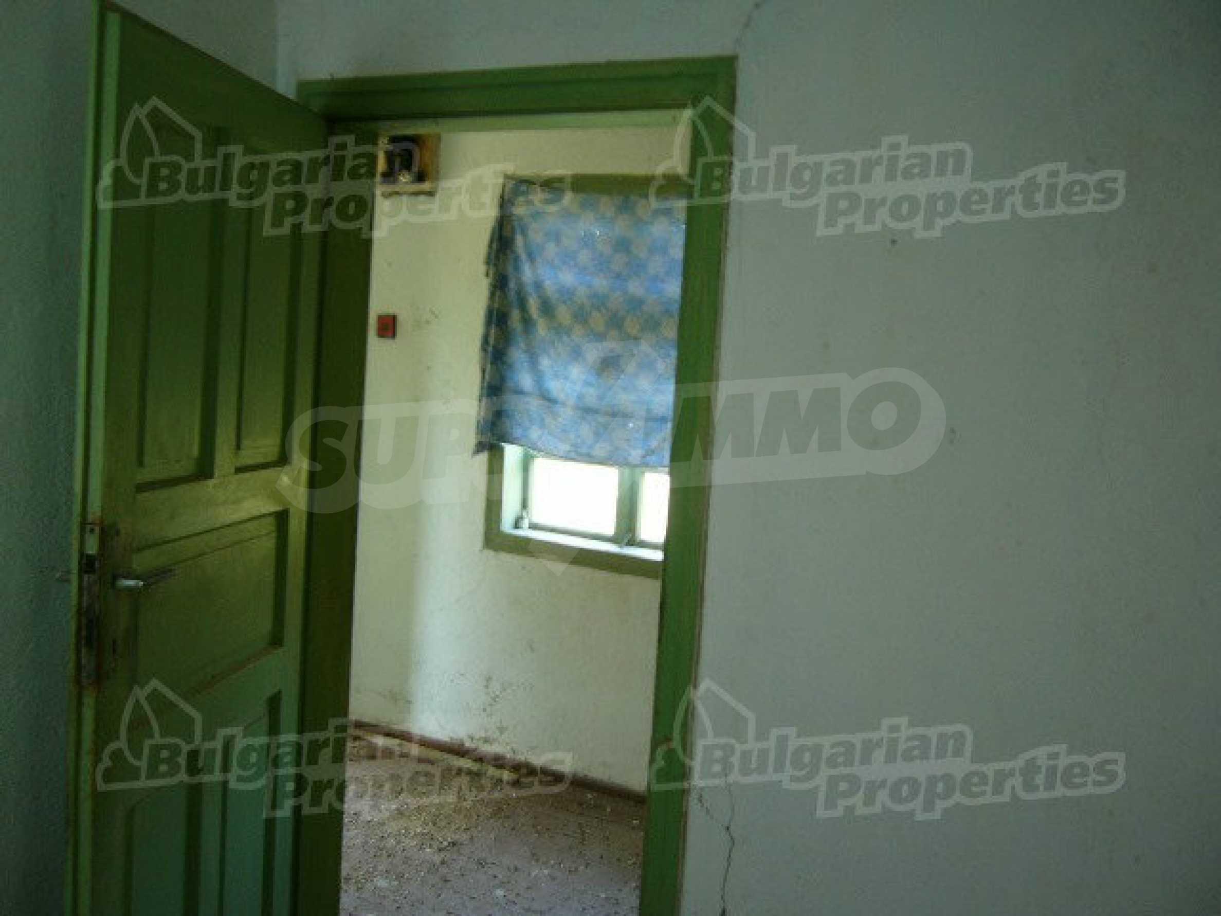 Haus zur Renovierung in der Gegend von Sevlievo und Lovech 6