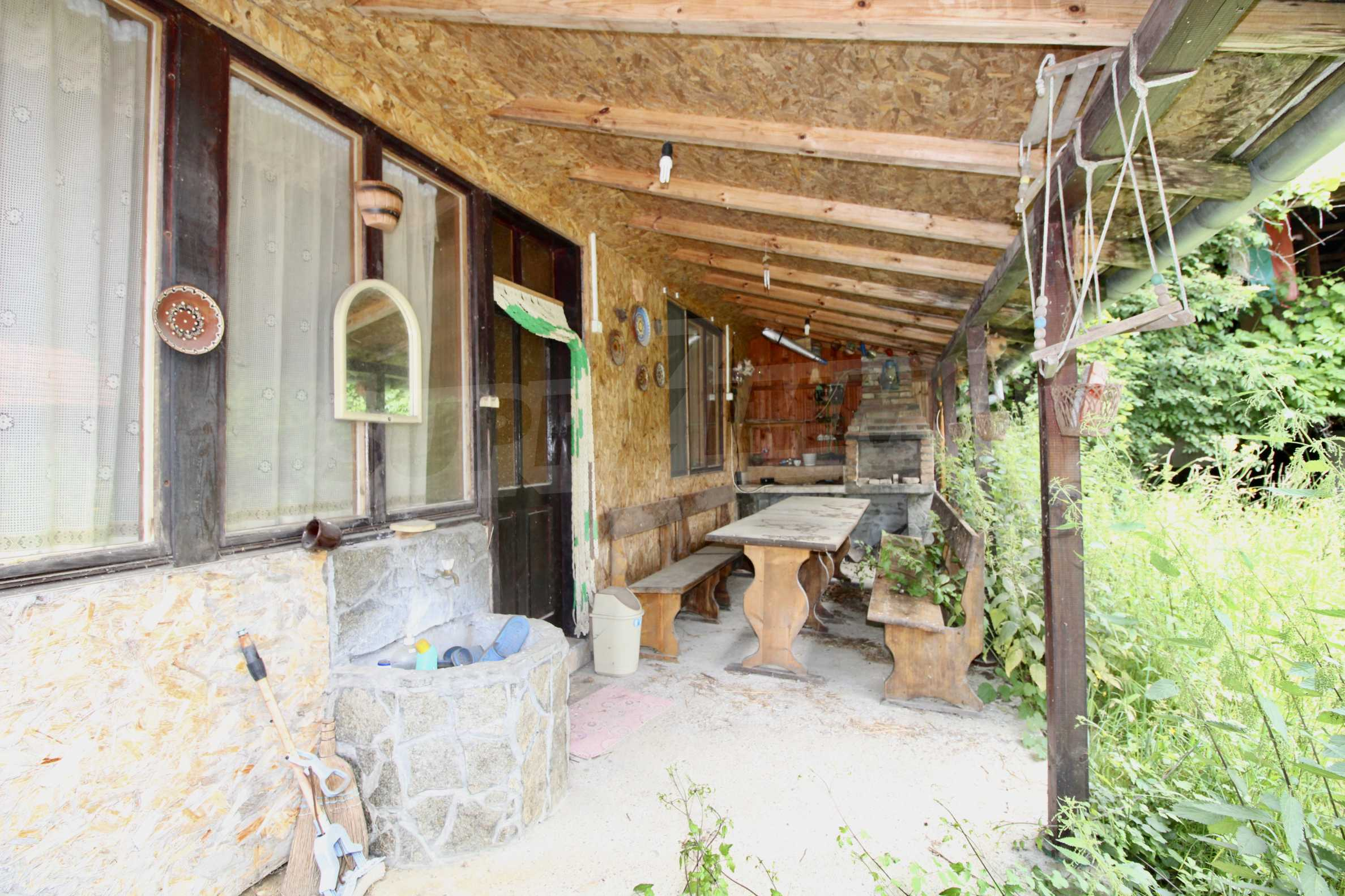 A cosy family guest house situated in Troyanski Balkan 33