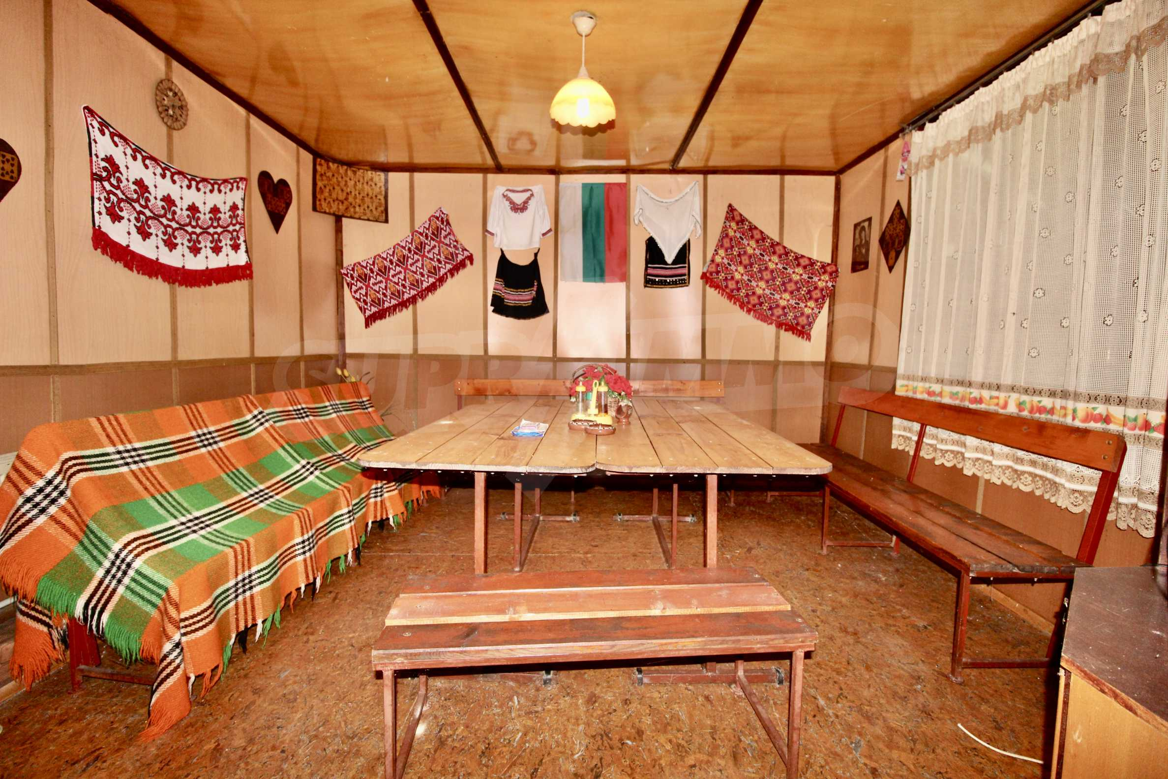 A cosy family guest house situated in Troyanski Balkan 6