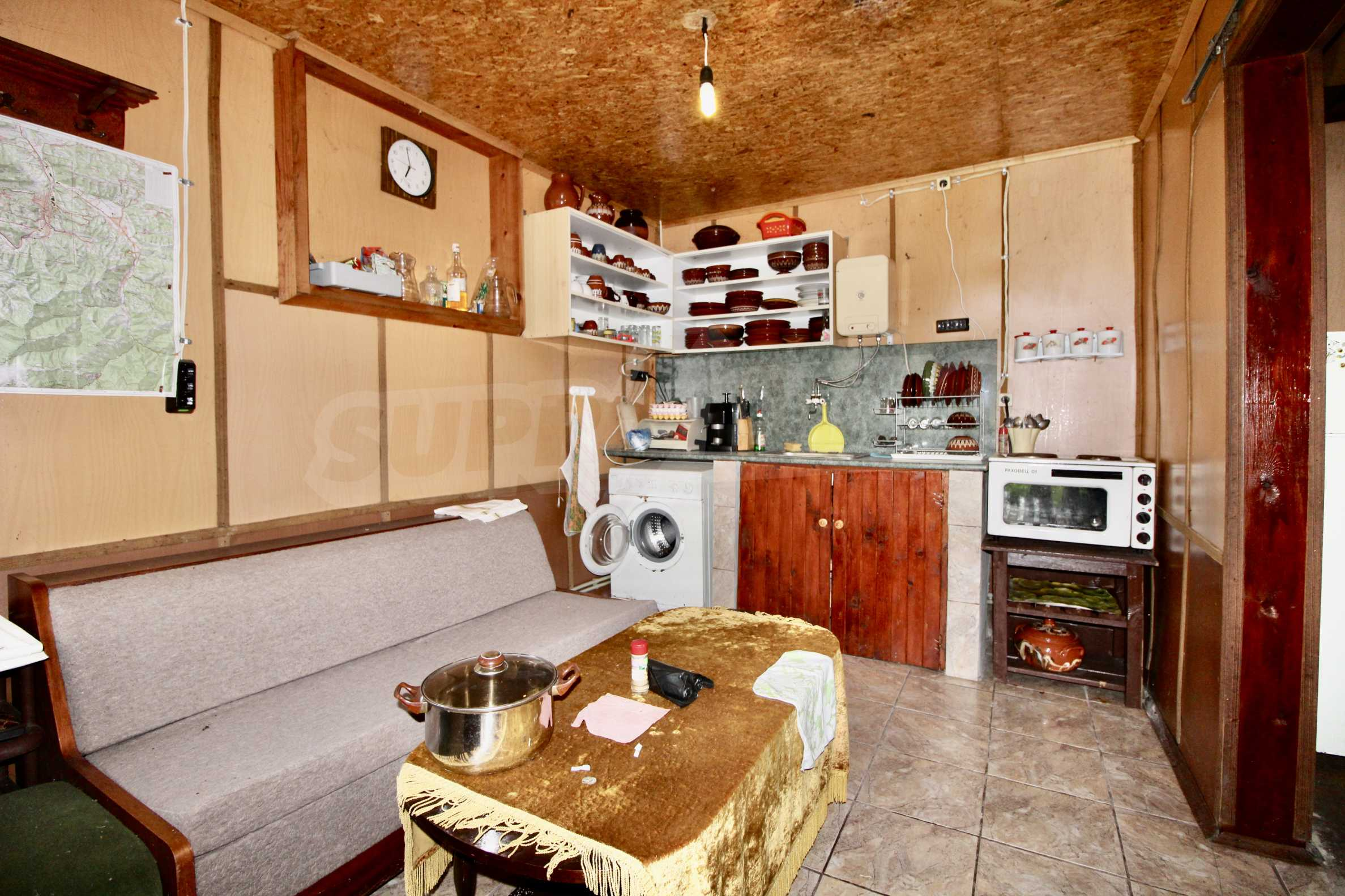 A cosy family guest house situated in Troyanski Balkan 7