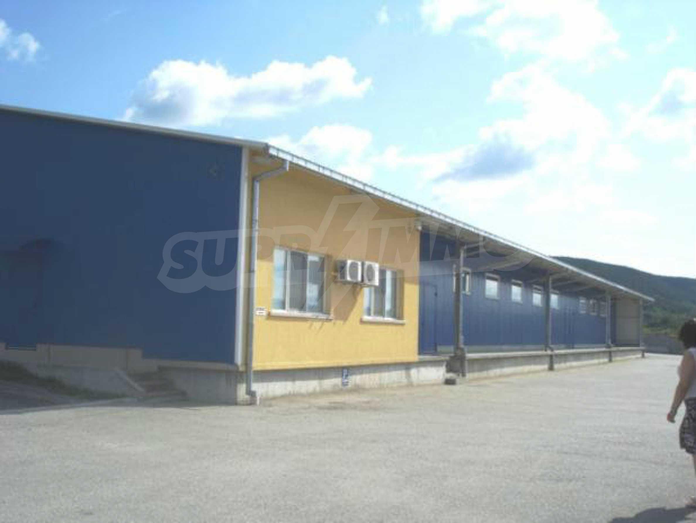 Handels- und Lagerbasis an der Hauptstraße Ruse - Svilengrad 1