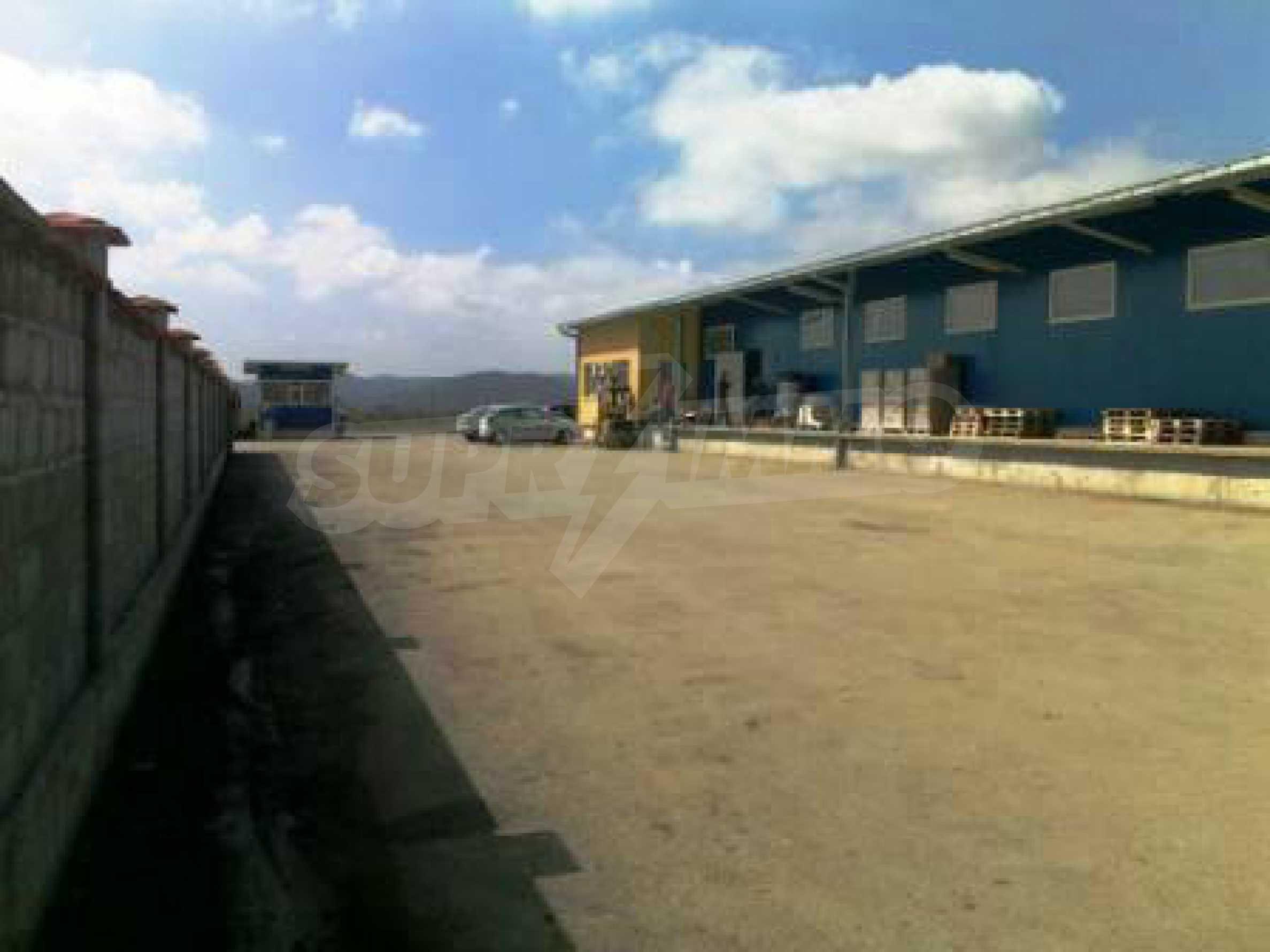Handels- und Lagerbasis an der Hauptstraße Ruse - Svilengrad 6