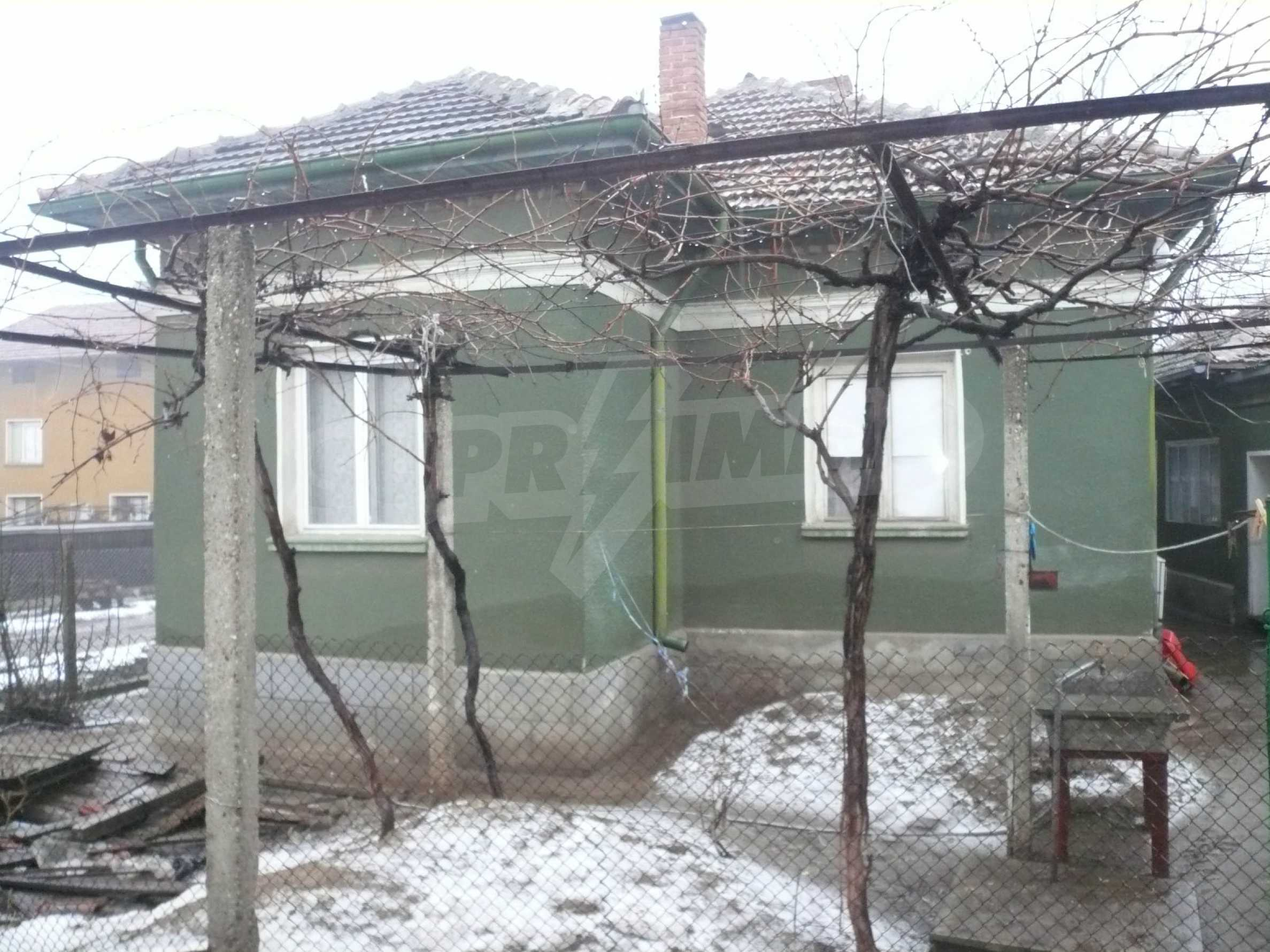 Massive house with summer kitchen 13 km from Vidin 10