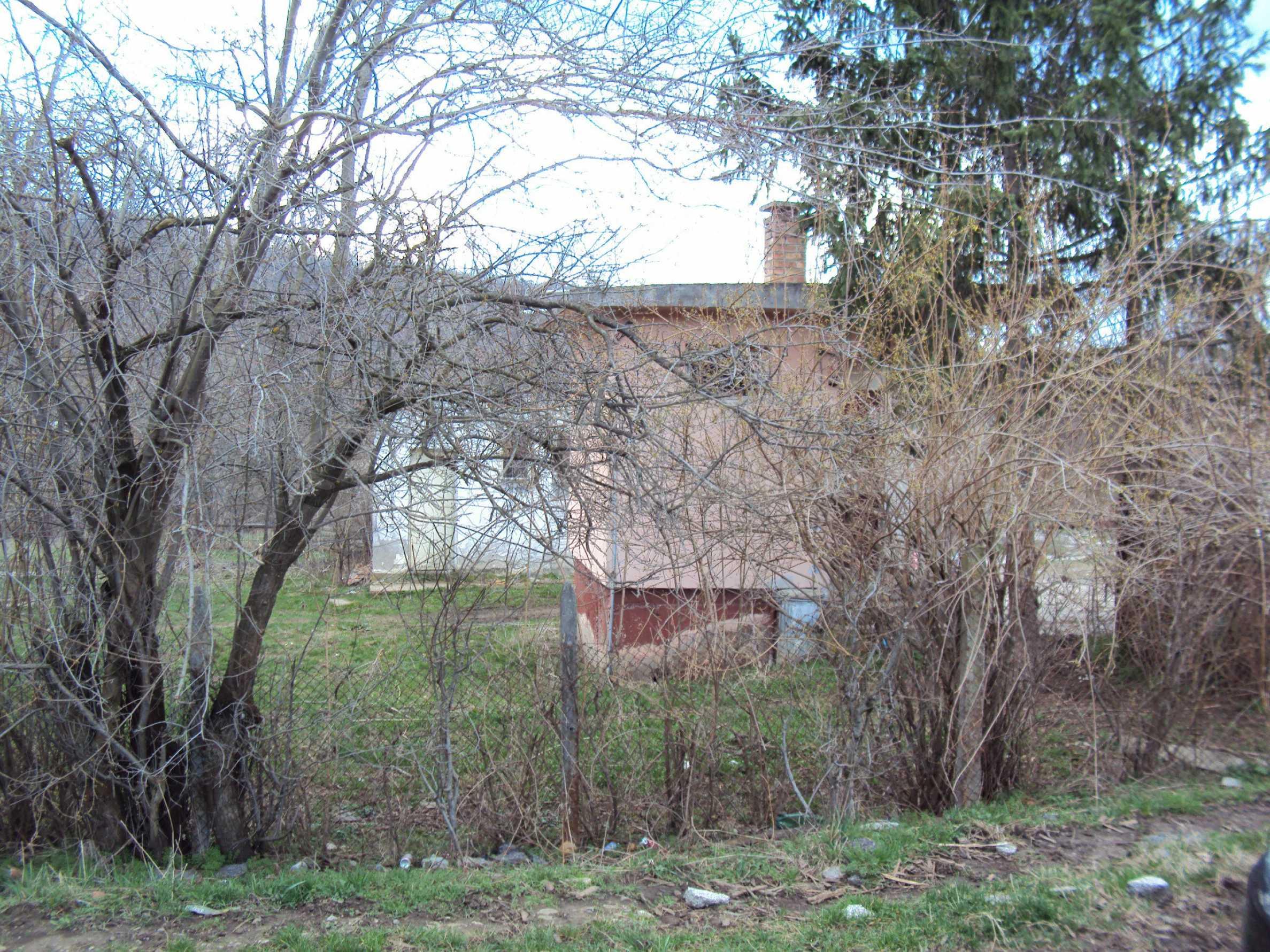 Ein Nebengebäude in einer kleinen Stadt 24 km von Veliko Tarnovo entfernt 19