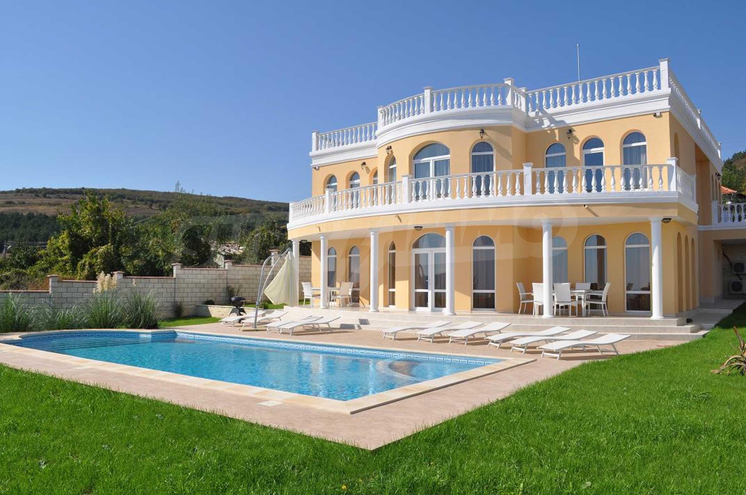 Sinatra Villa
