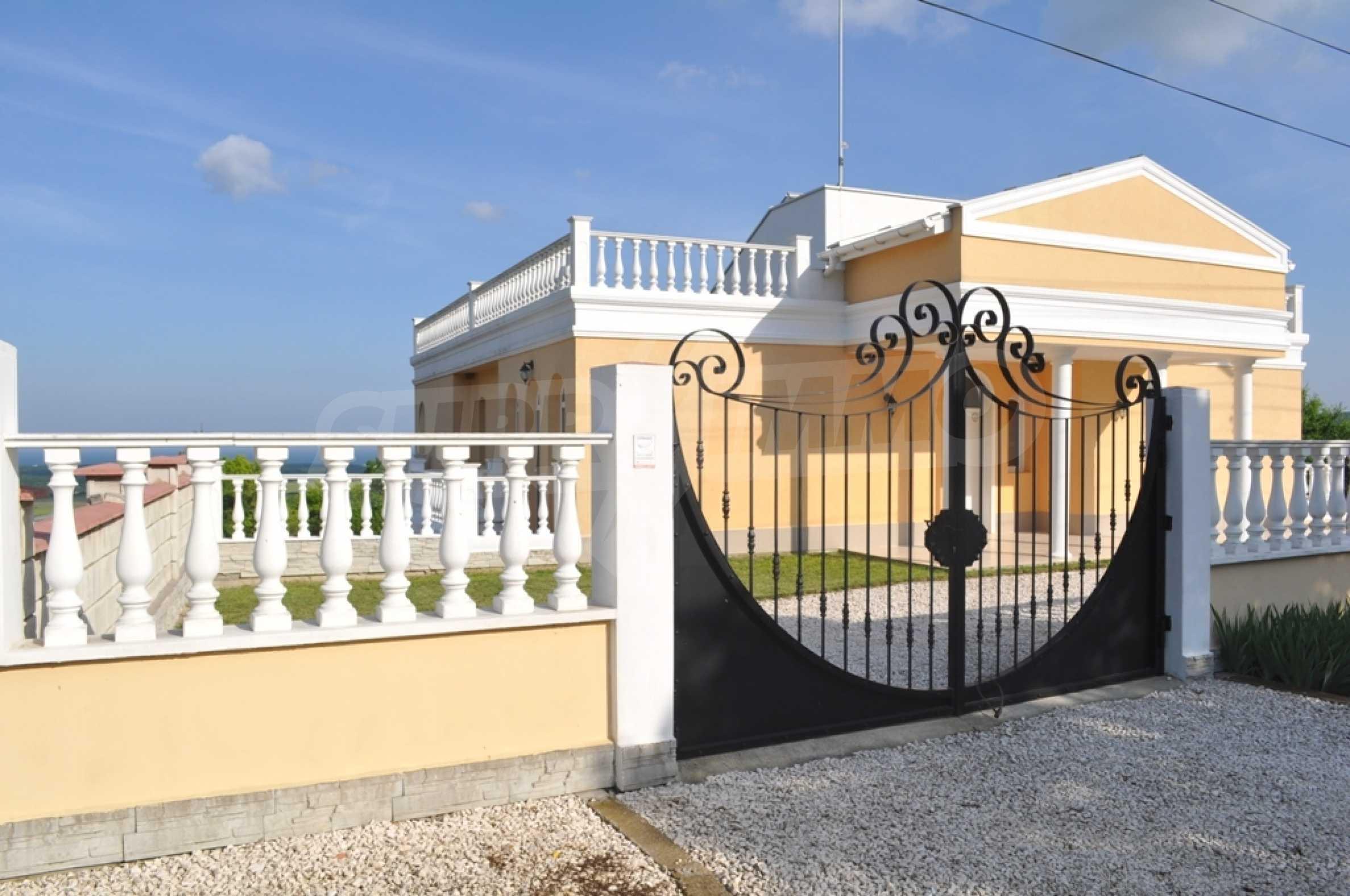 Villa Sinatra 29