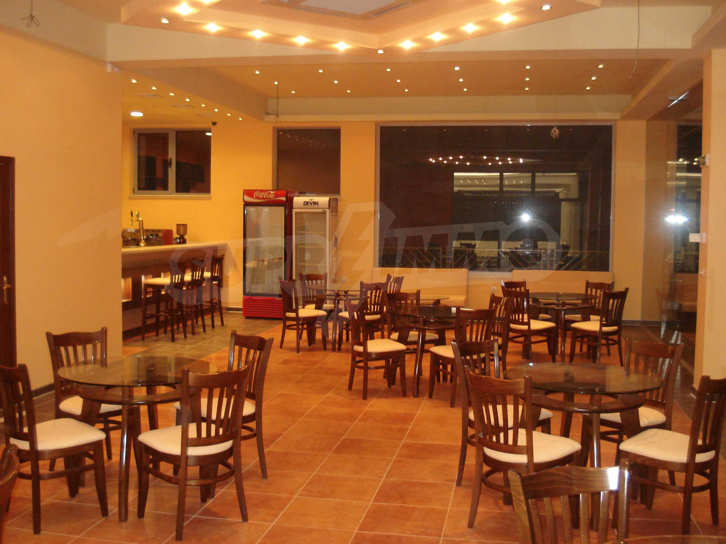 Luxuriöser Einkaufskomplex in einem gut entwickelten Viertel von Veliko Tarnovo 12