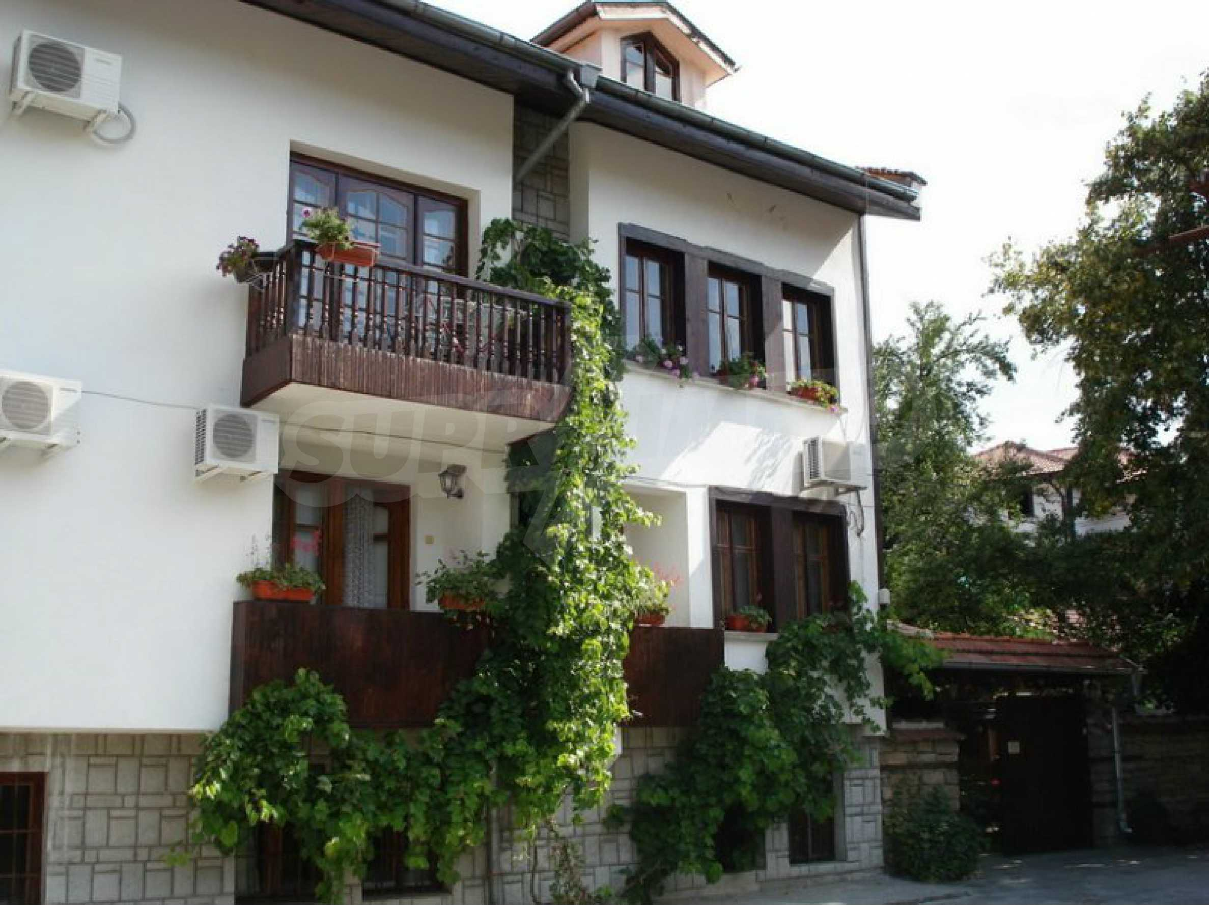 Hotelanlage mit Restaurant am Ufer des Flusses Osam in Lovech 19