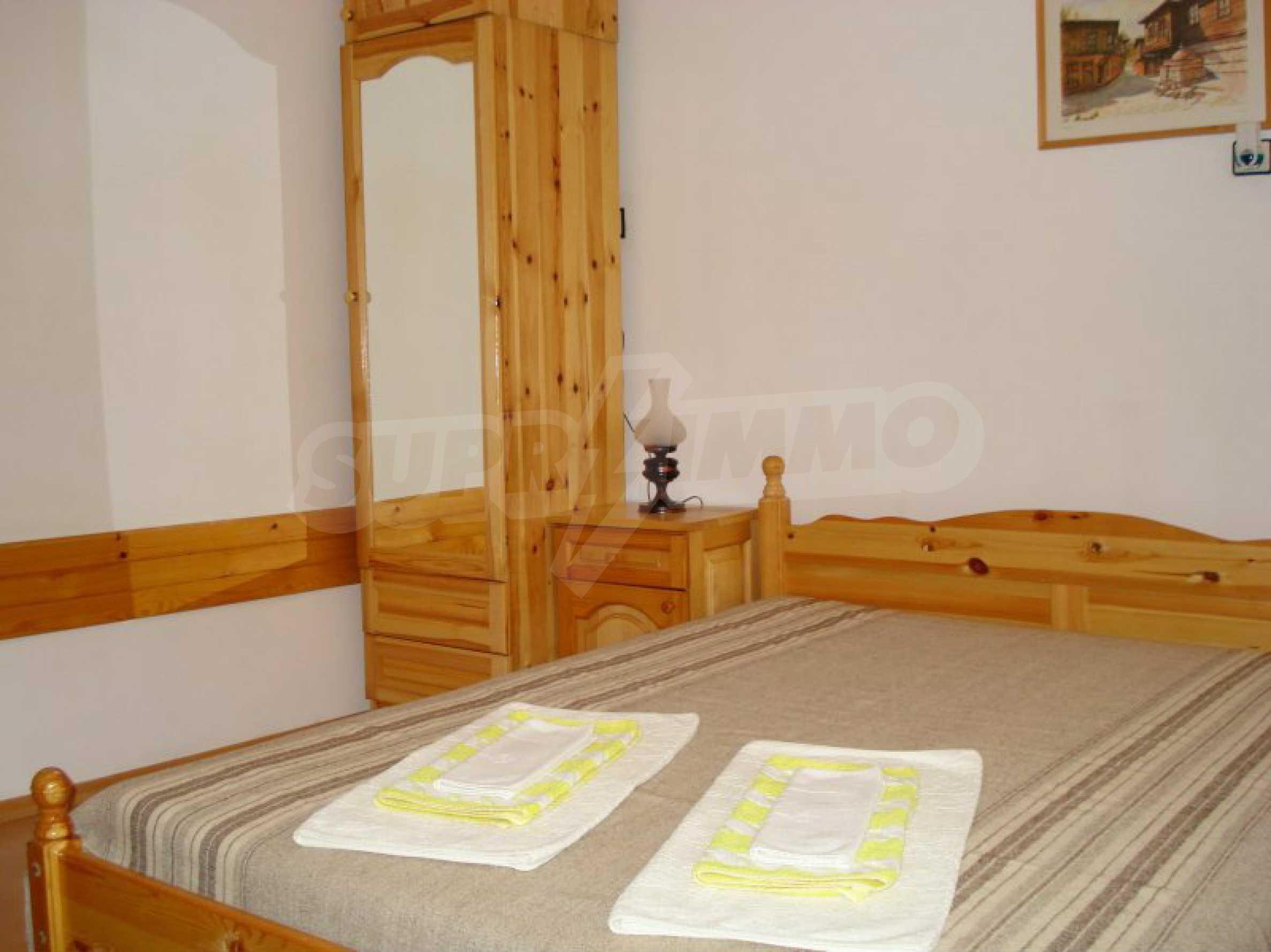 Hotelanlage mit Restaurant am Ufer des Flusses Osam in Lovech 27