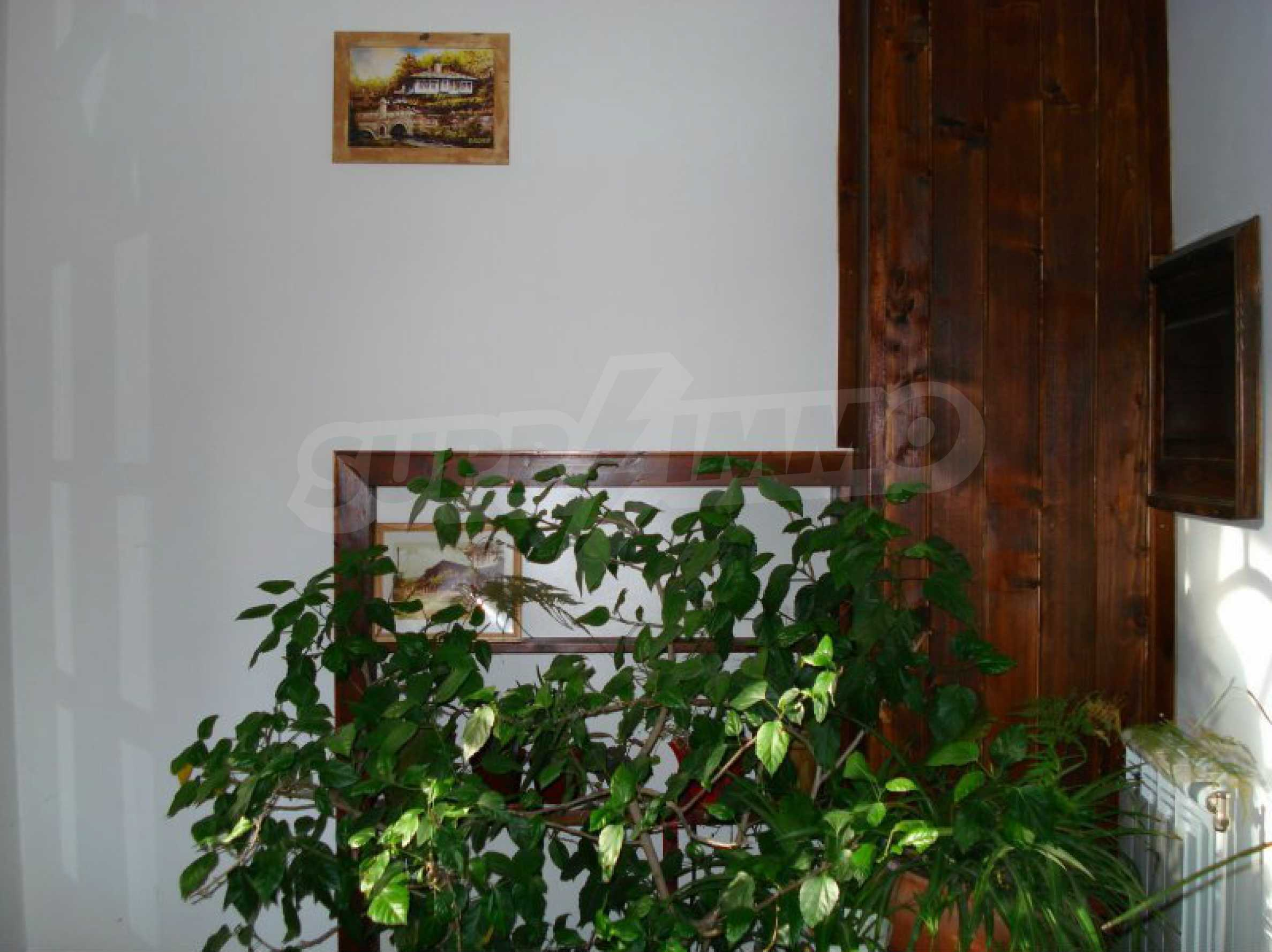 Hotelanlage mit Restaurant am Ufer des Flusses Osam in Lovech 31