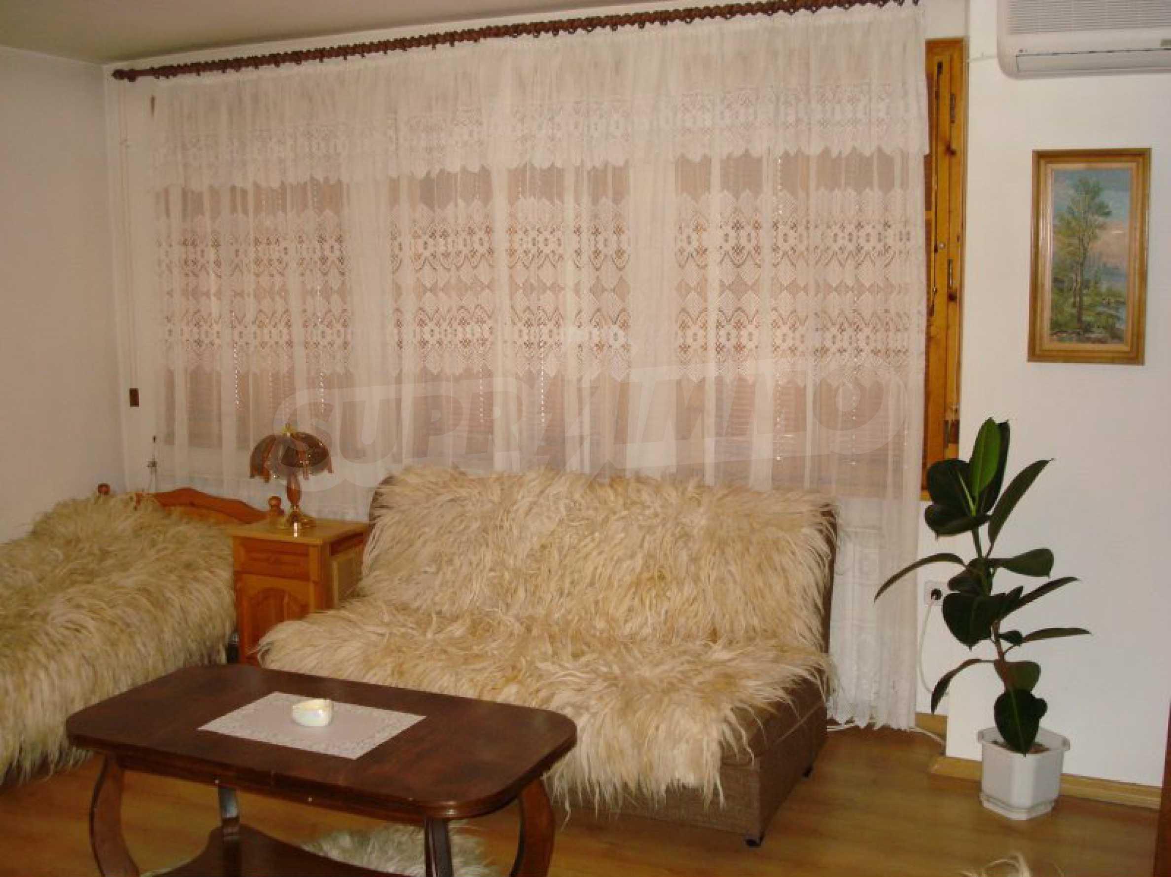 Hotelanlage mit Restaurant am Ufer des Flusses Osam in Lovech 34