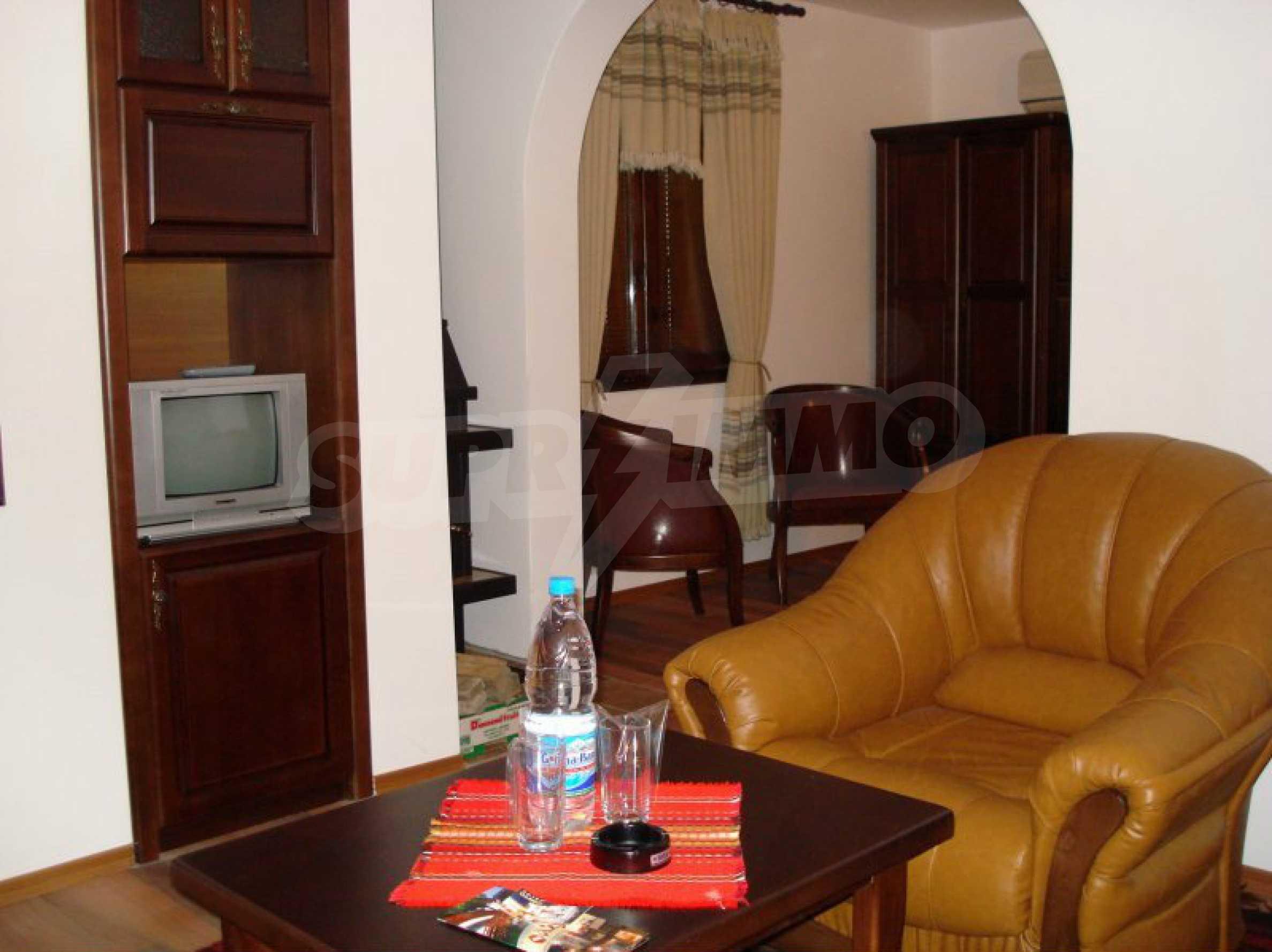 Hotelanlage mit Restaurant am Ufer des Flusses Osam in Lovech 43