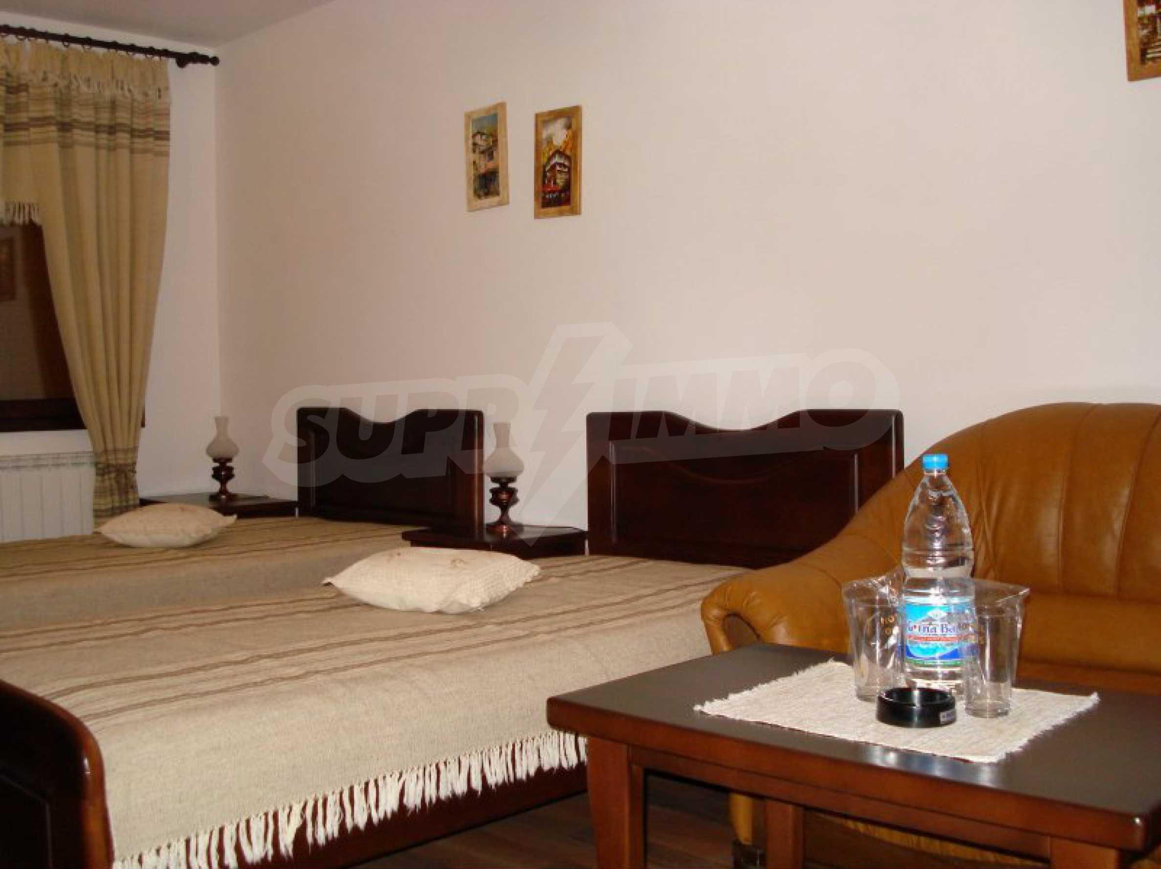 Hotelanlage mit Restaurant am Ufer des Flusses Osam in Lovech 44