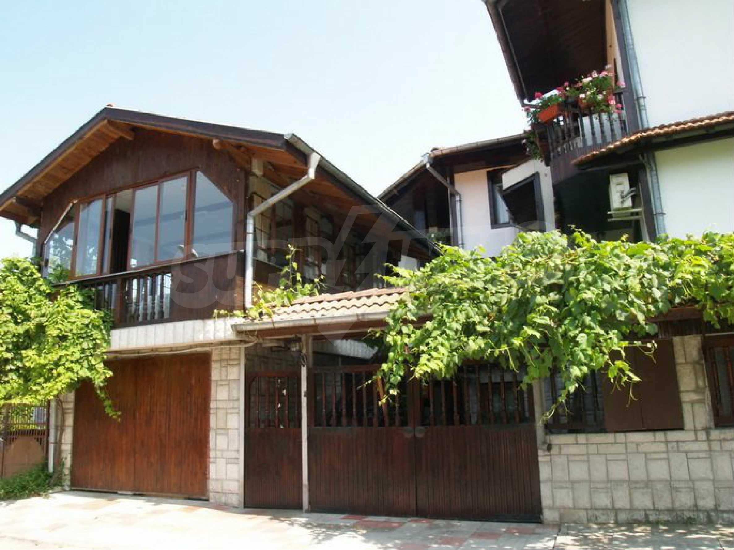 Hotelanlage mit Restaurant am Ufer des Flusses Osam in Lovech 4