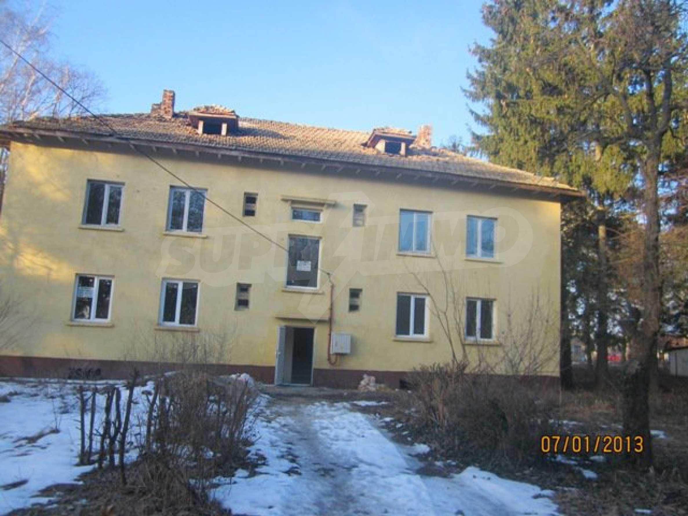 Ein-Zimmer-Wohnung im Dorf Strazhitsa