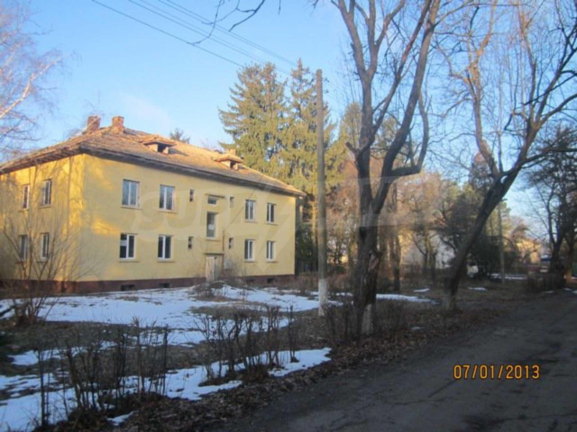 Ein-Zimmer-Wohnung im Dorf Strazhitsa 1
