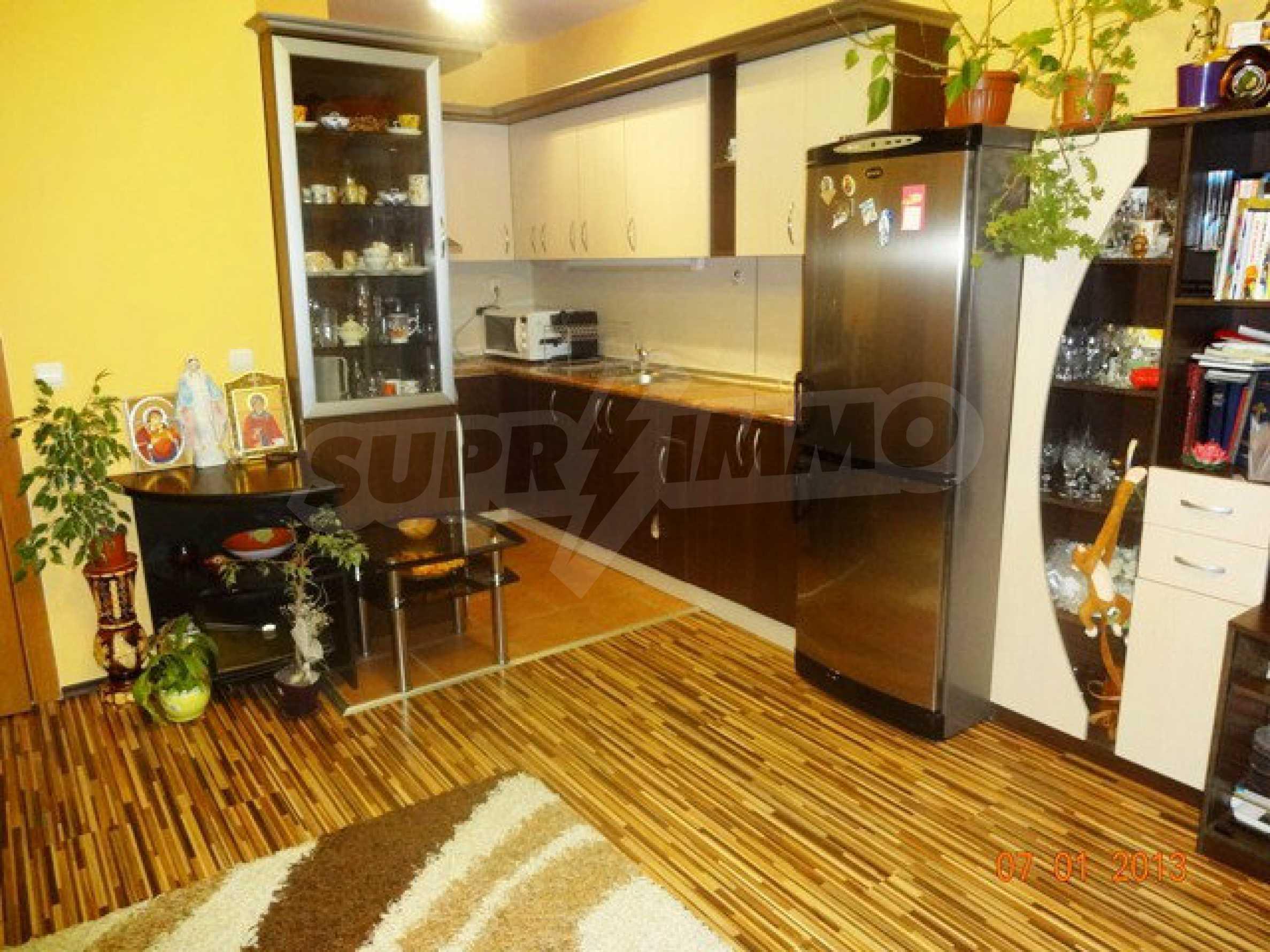 Golden Amos Wohnung 8