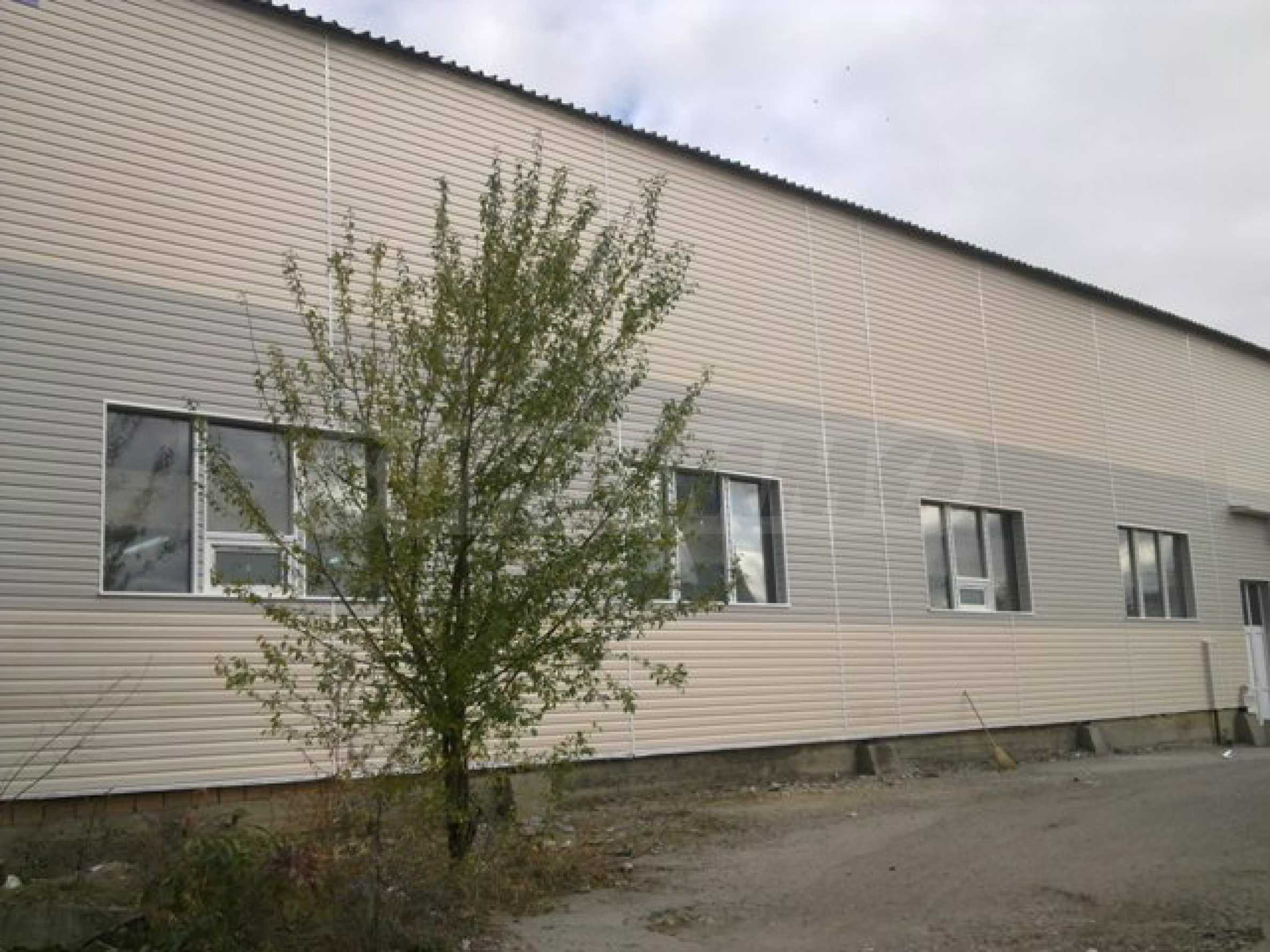 Industrial buildings for sale in Dobrich 2