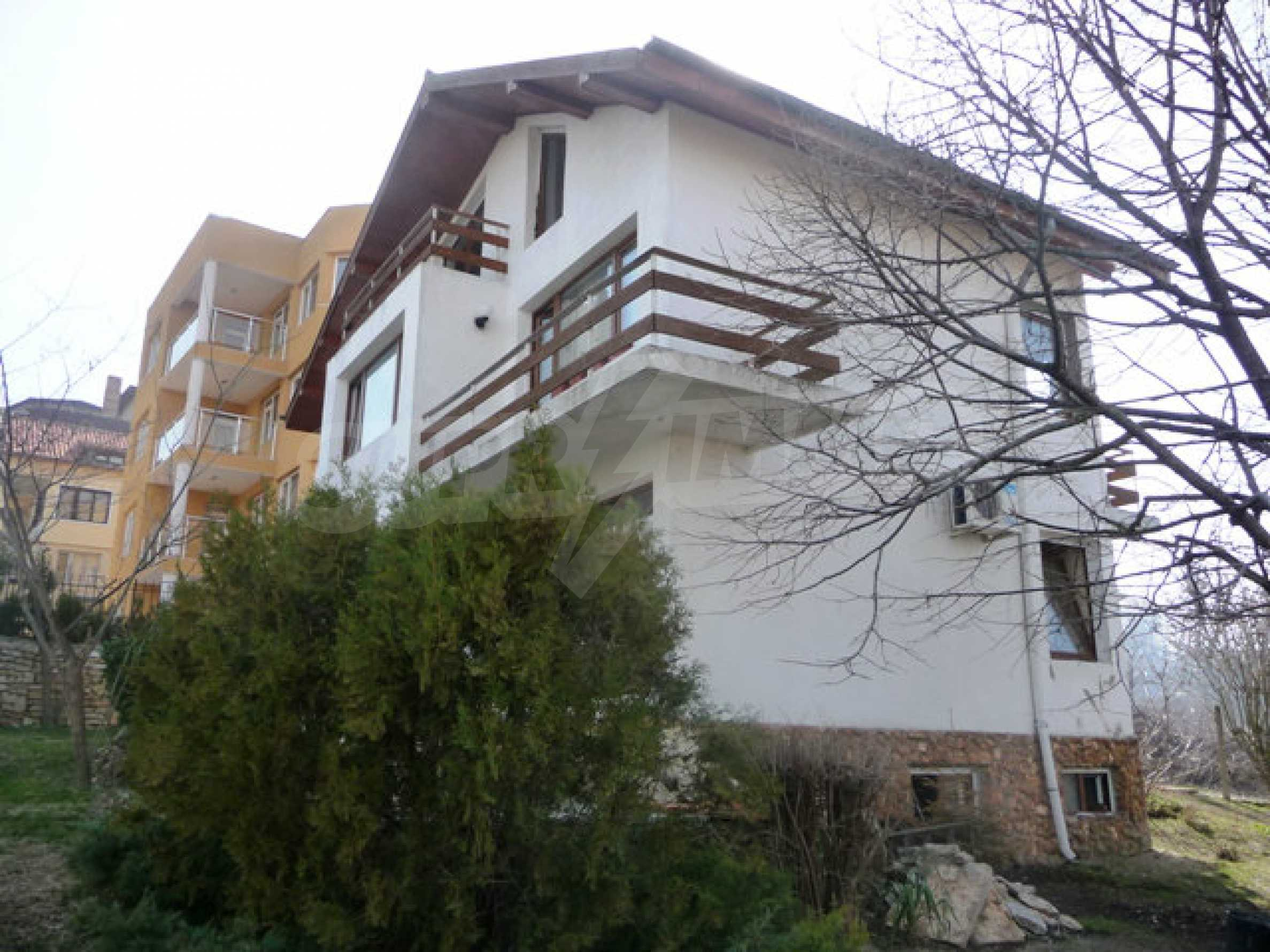 House near Varna 1
