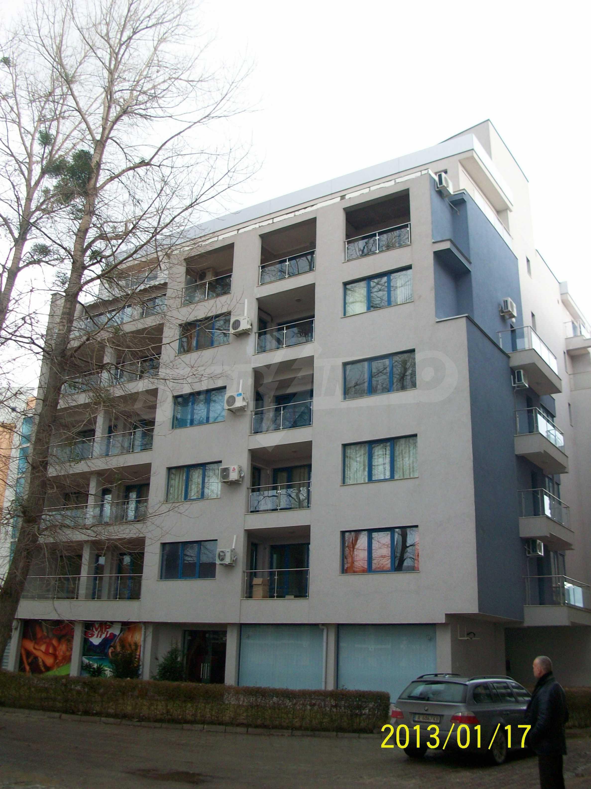 Wohnungen im Sommerkomplex in Sunny Beach 2